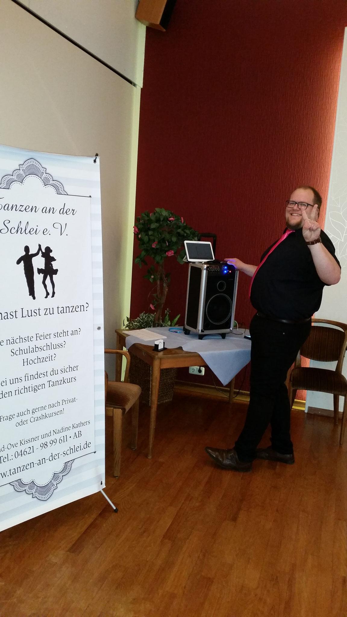 Ove, unser DJ beim Gründungsfest in Güby bei Schleswig