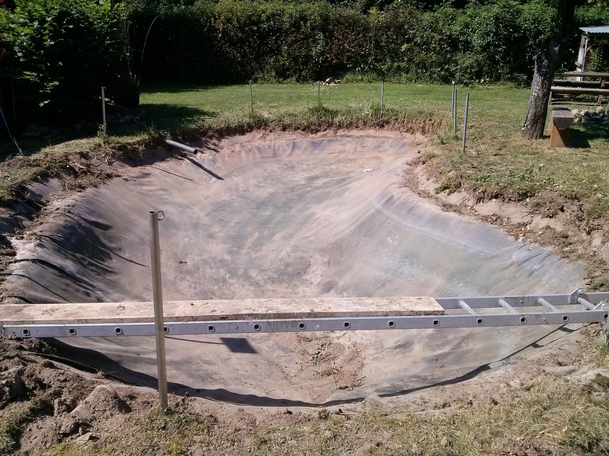 der neue Teich wird noch größer und bestimmt noch schöner wie der Alte.