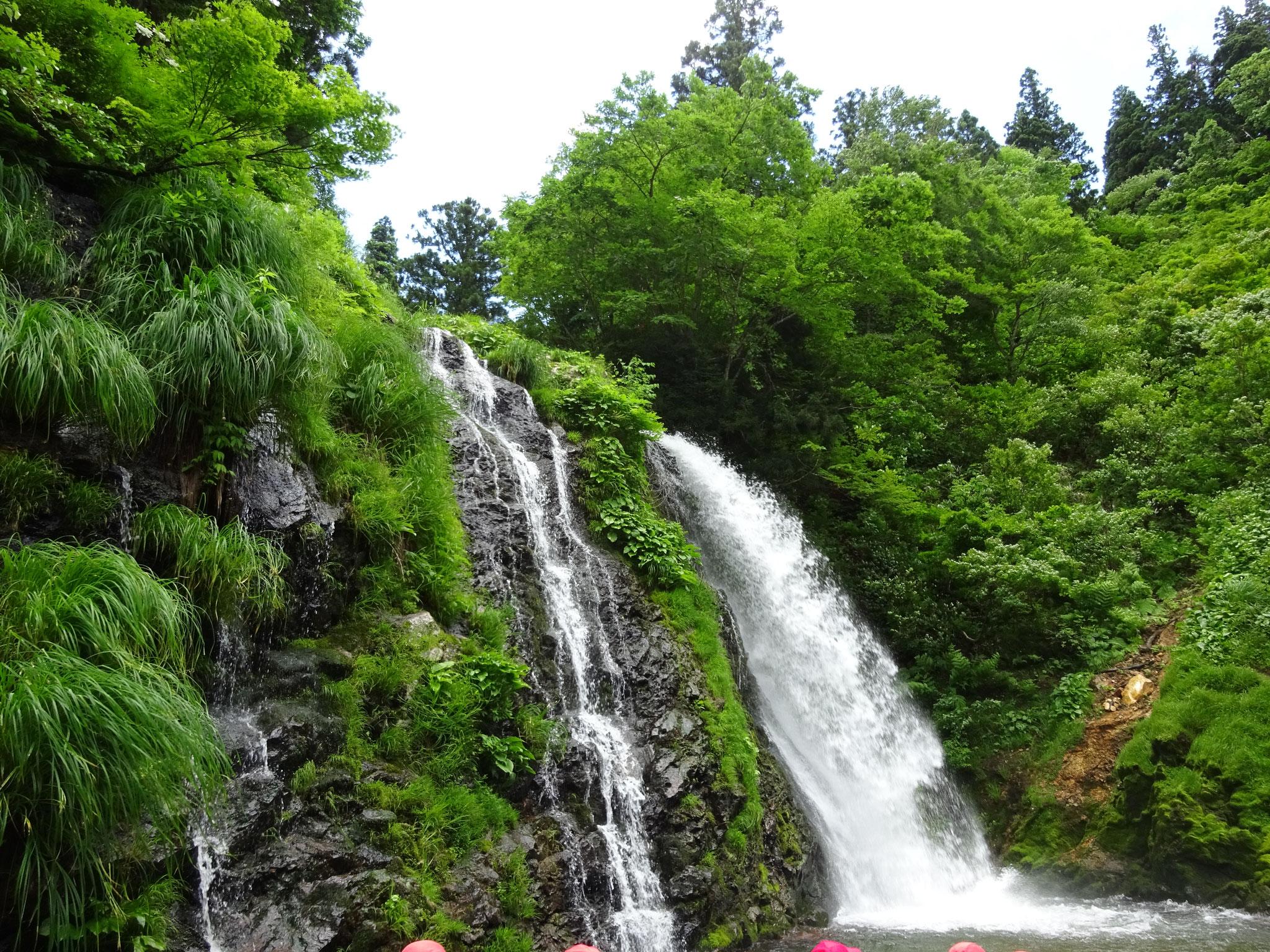 白銀の滝22m