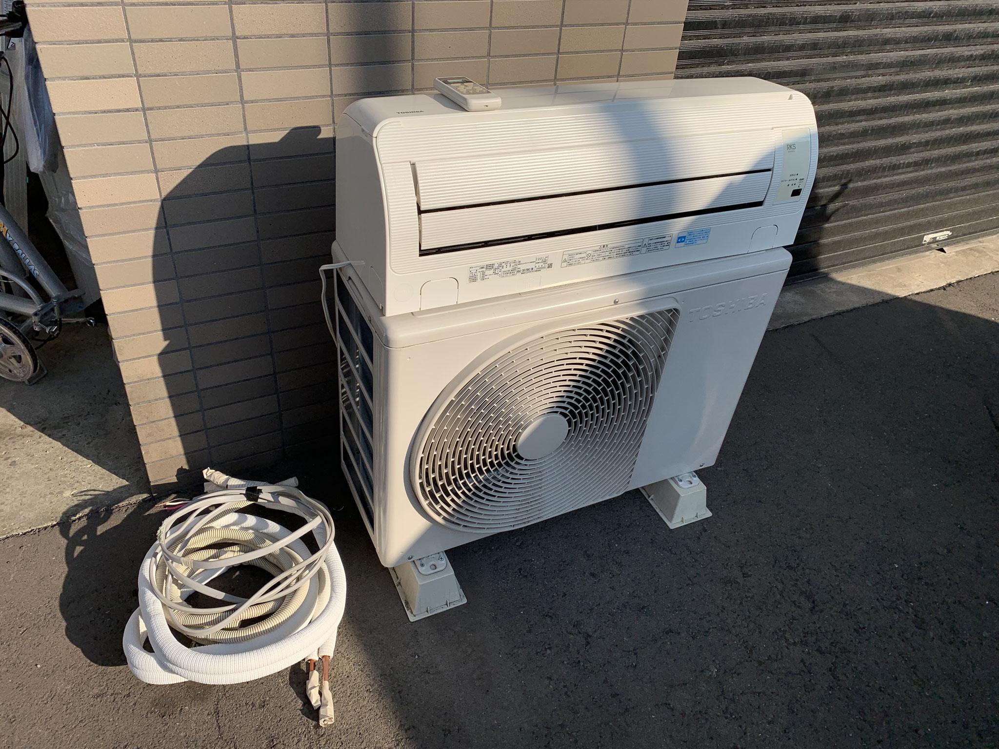 札幌ルームエアコン 東芝 2012年製~12畳 買取価格2000円
