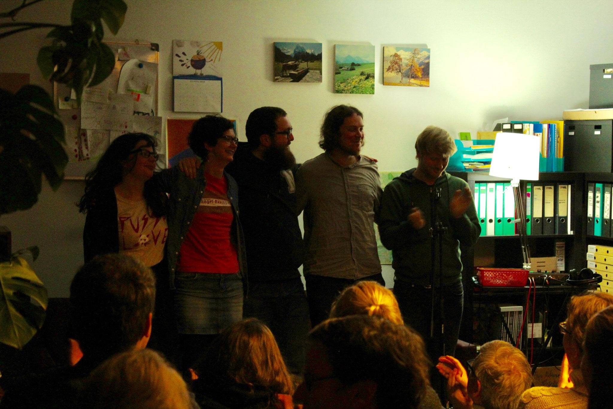 Schlussapplaus mit Musiker Phonetics aus Leipzig. Foto: Paul Köllner