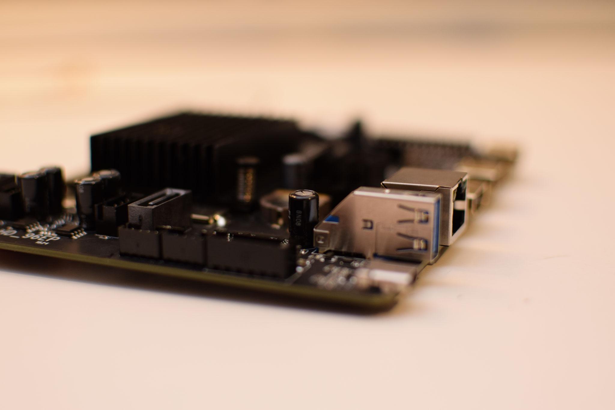Zidoo UHD2000 Mainboard Detail