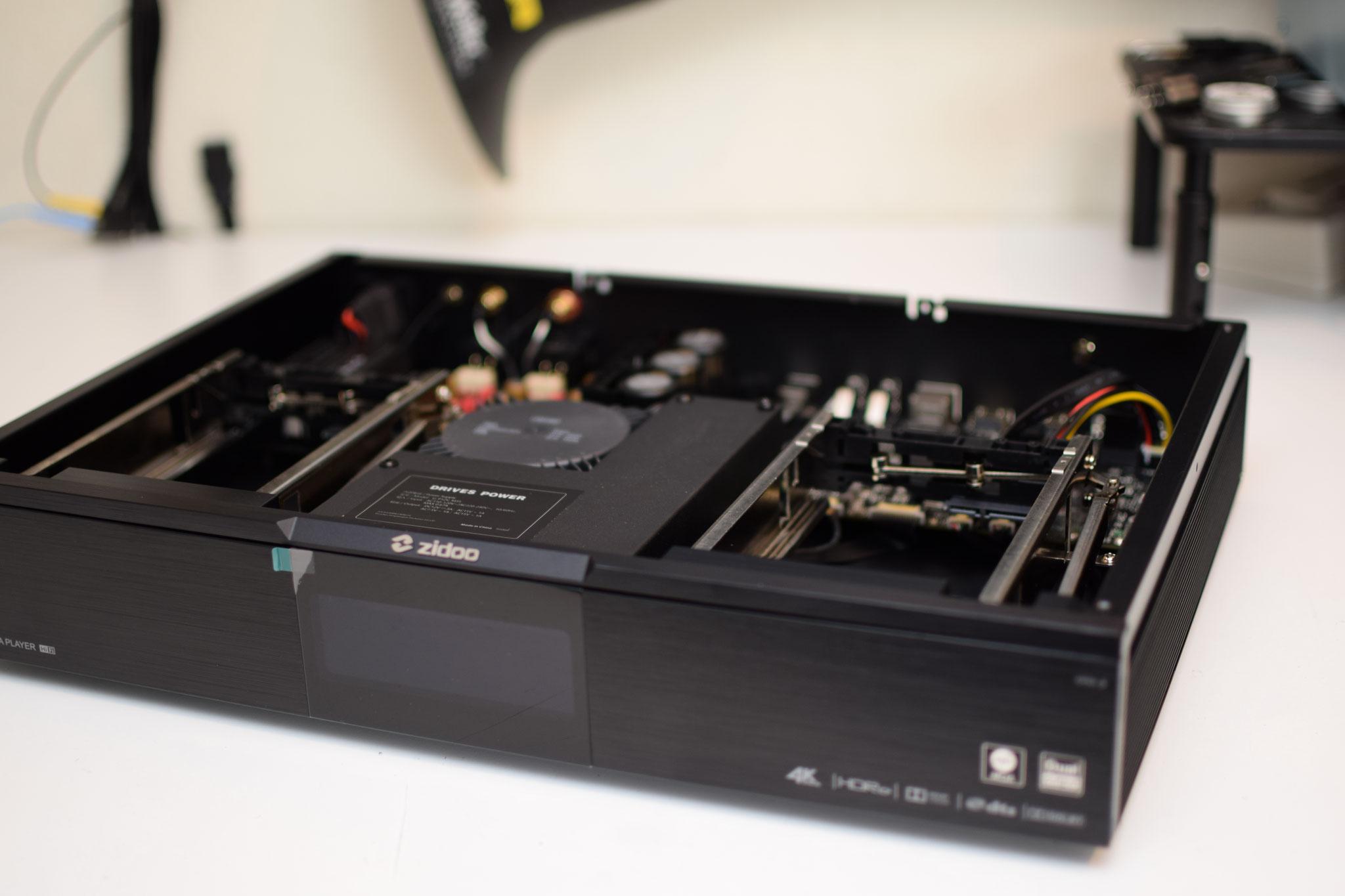 Zidoo UHD 3000 inside