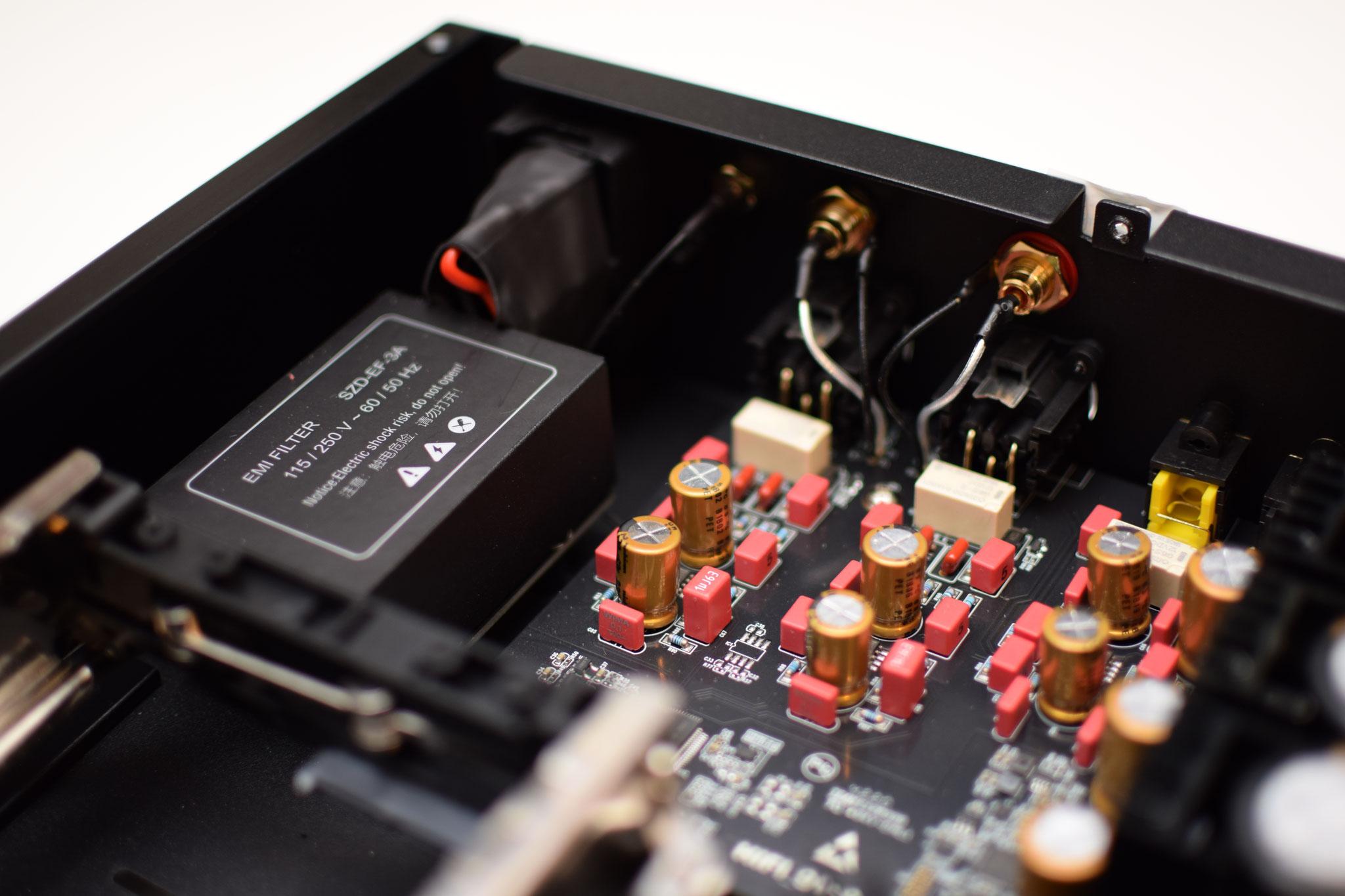 Zidoo UHD 3000 EMI Filter und Analog Board