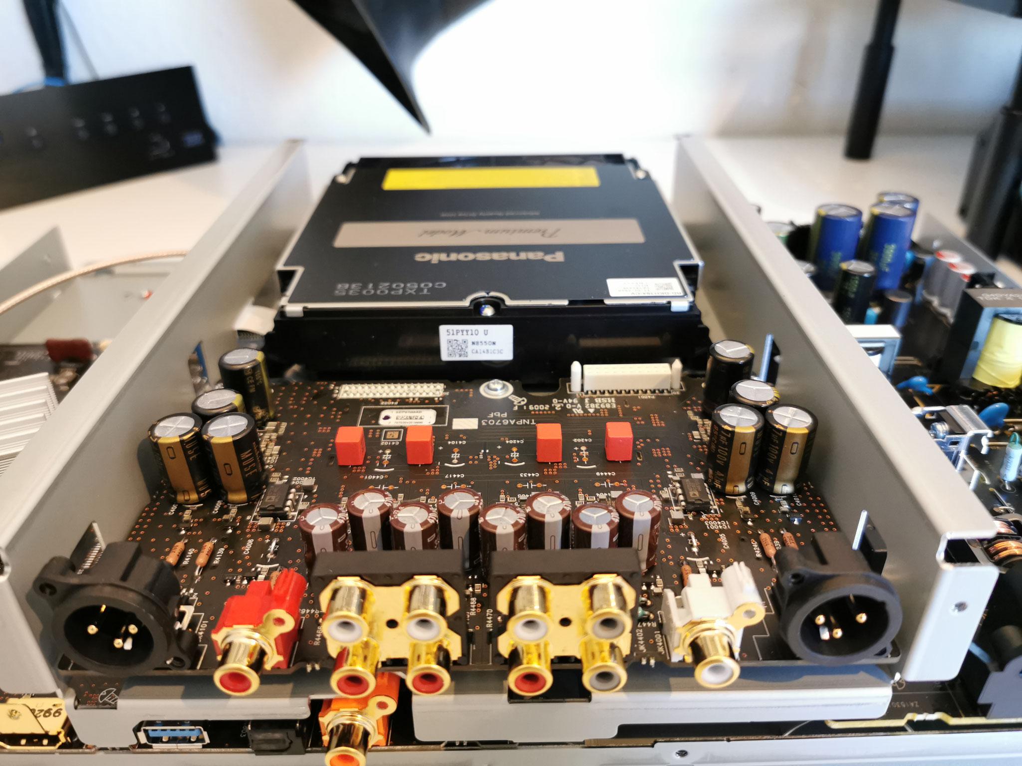 Panasonic DP-UB9000 9004 Analogboard Stereo Modifikation