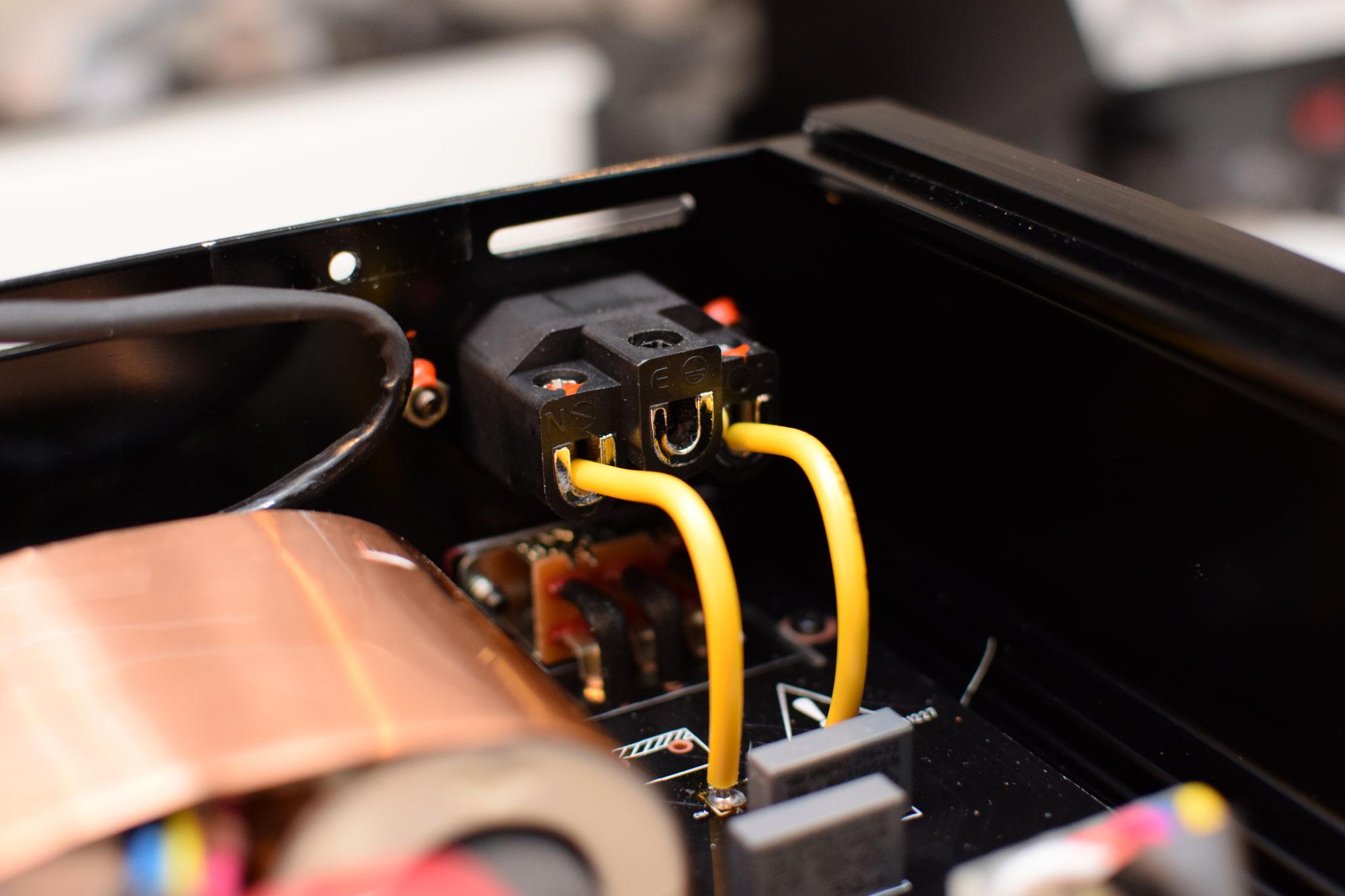 Zappiti Pro 4K OFC cable