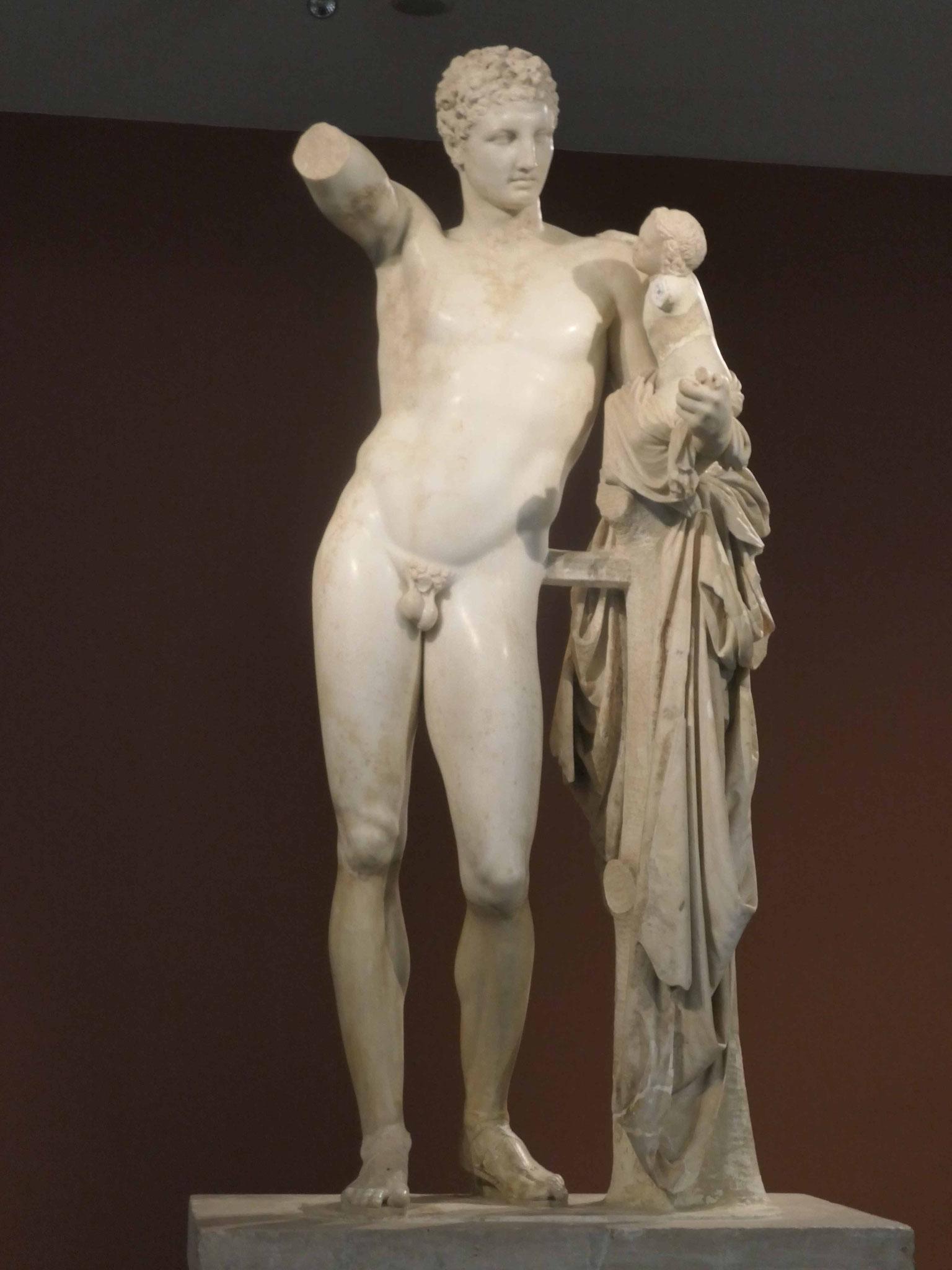 Der Hermes des Praxitiles im Antikenmuseum in Olympia