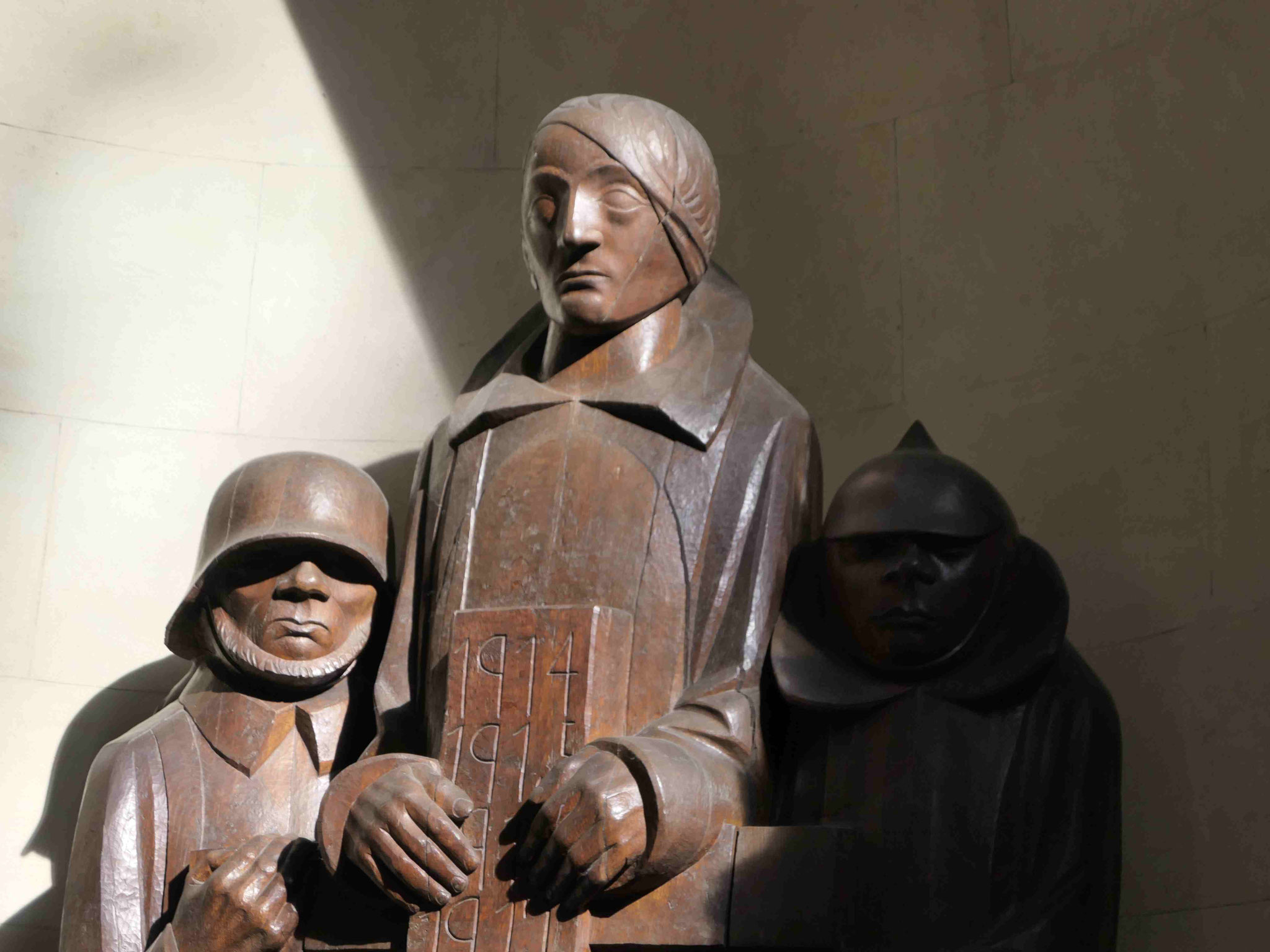 Ernst Barlach: Kriegerdenkmal im Magdeburger Dom, Detail