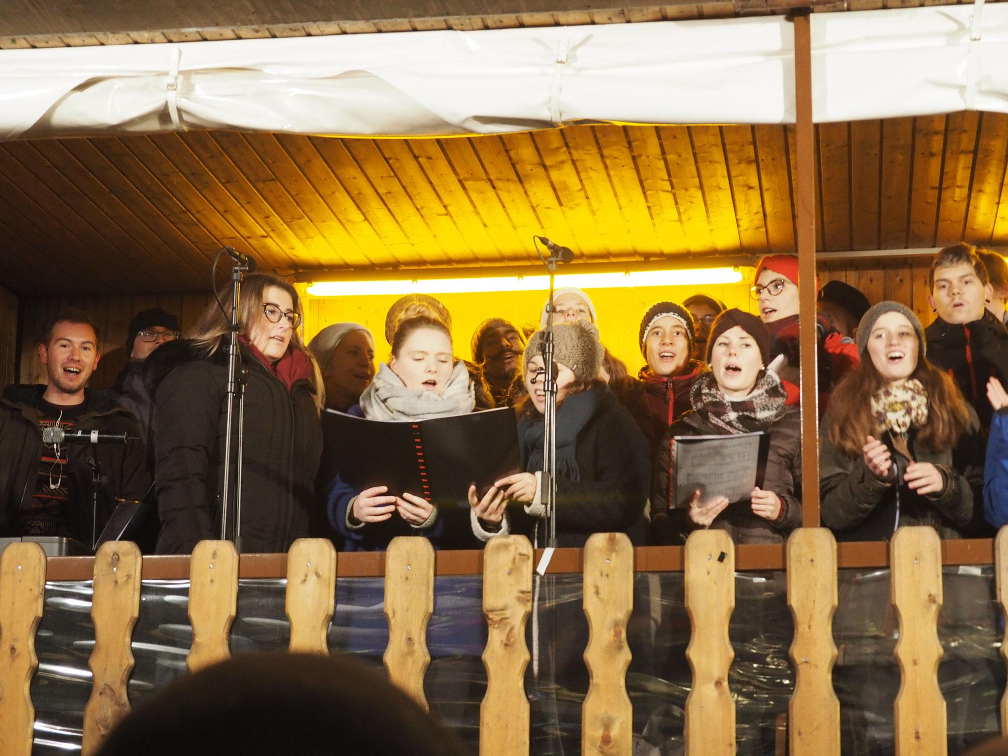 Auftritt am Weihnachtsmarkt Neupfarrplatz 2018