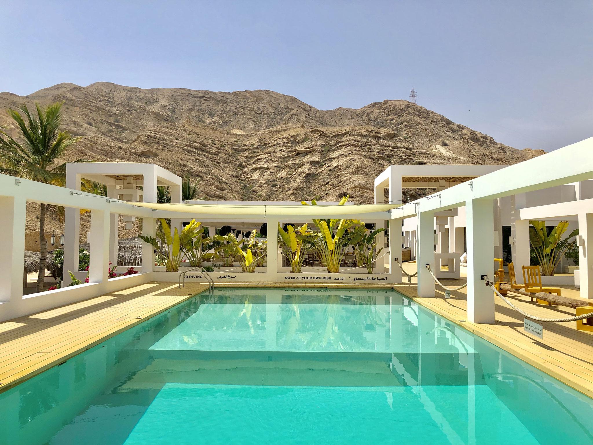 Swimming Pool Muscat Hills Resort
