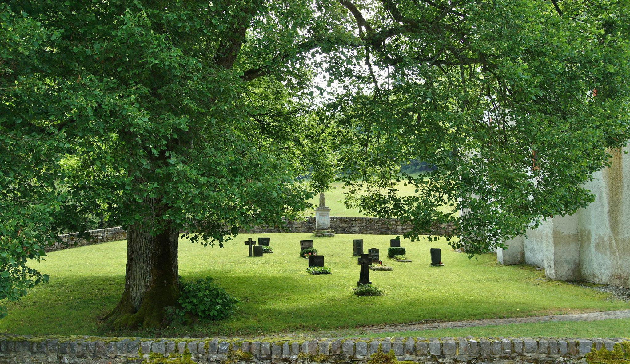 Der kleine Friedhof