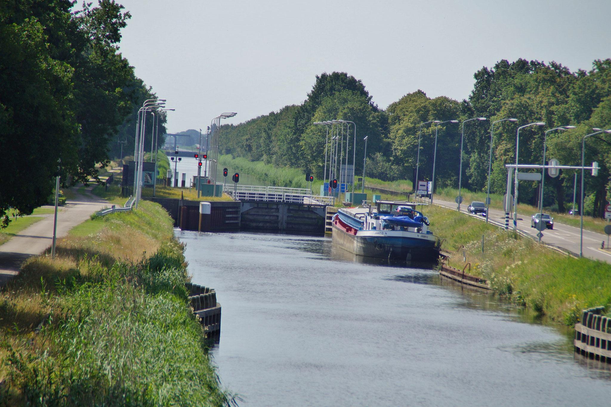 Zuid - Willemsvaart (Kanal zwischen Nederweert & Helmond)