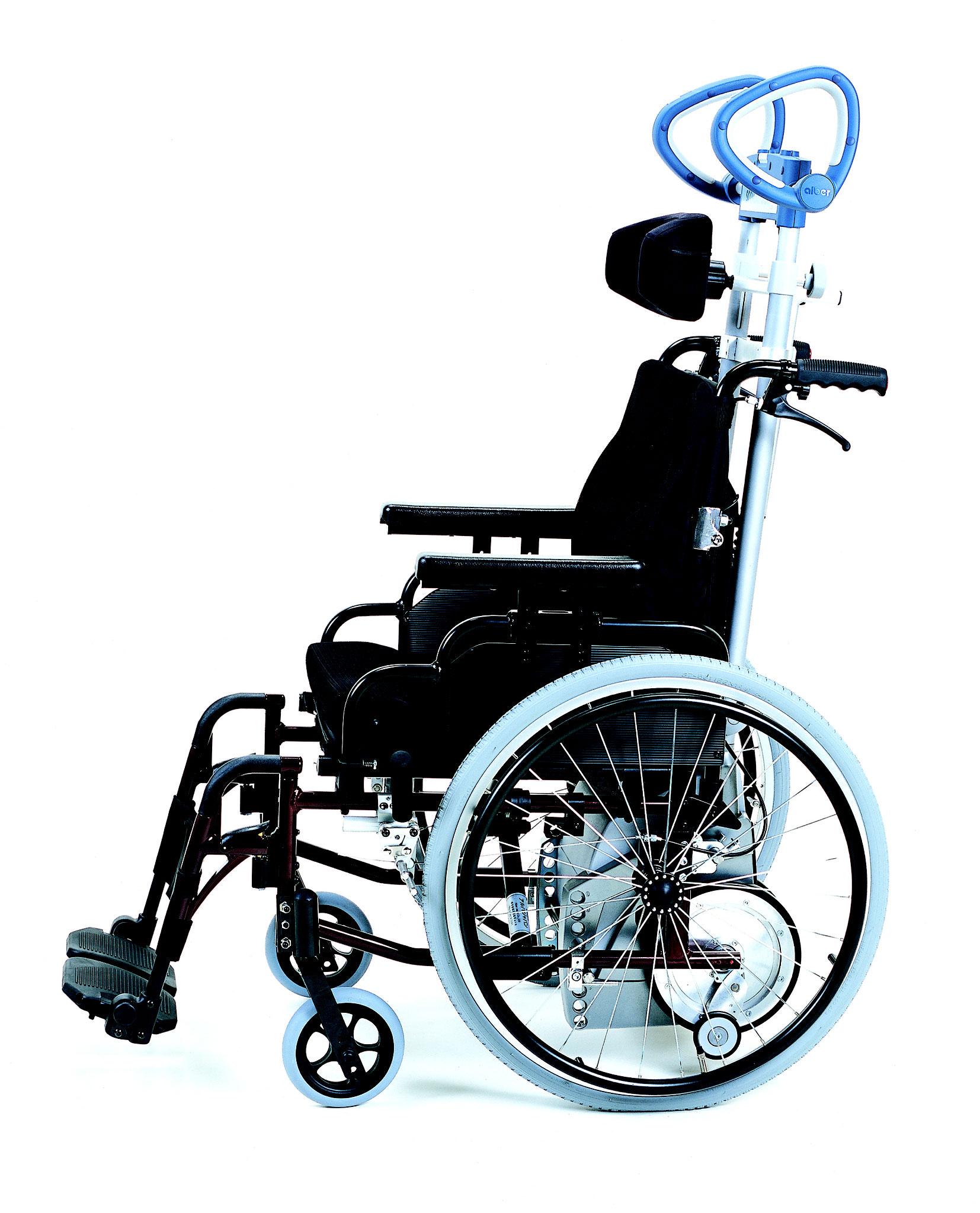 車いす仕様(車いすと一体型の為、外出先でのご利用にピッタリ)