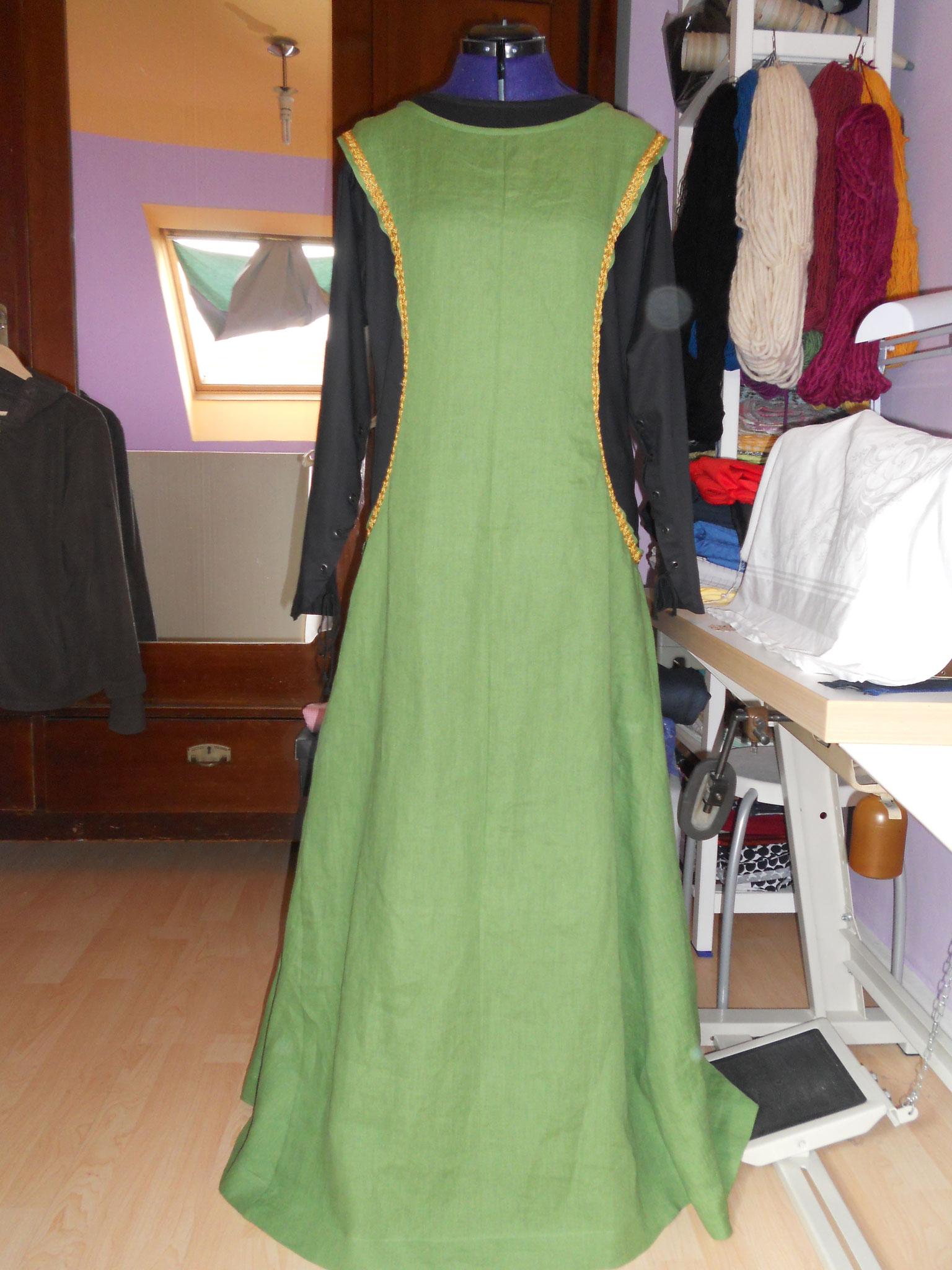 """Damengewand """"Gesa"""" (13. Jh) engl. Stil, Gr. 46+, mittelschweres Leinen, ohne Unterkleid 60€"""