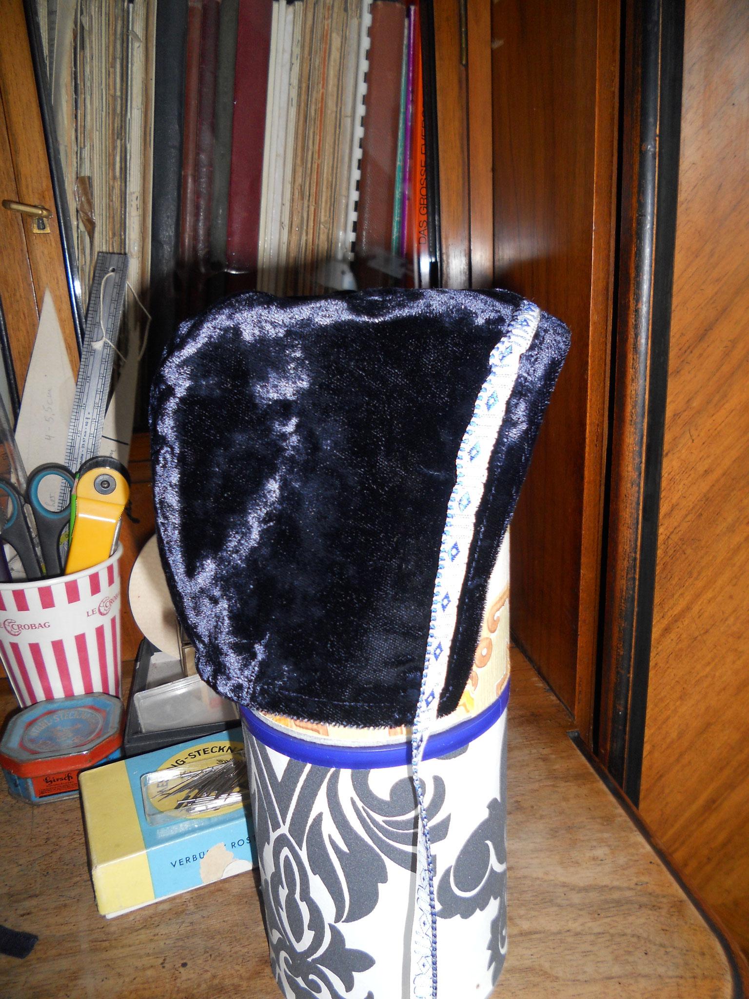 Bundhaube Gr. 98, Baumwollsamt nachtblau, 10€