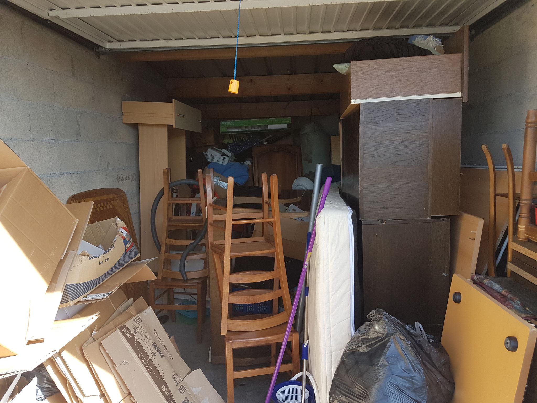 Débarras d'un garage à Besançon 25000 - débarras Ahlen - 06.82.19.41.00