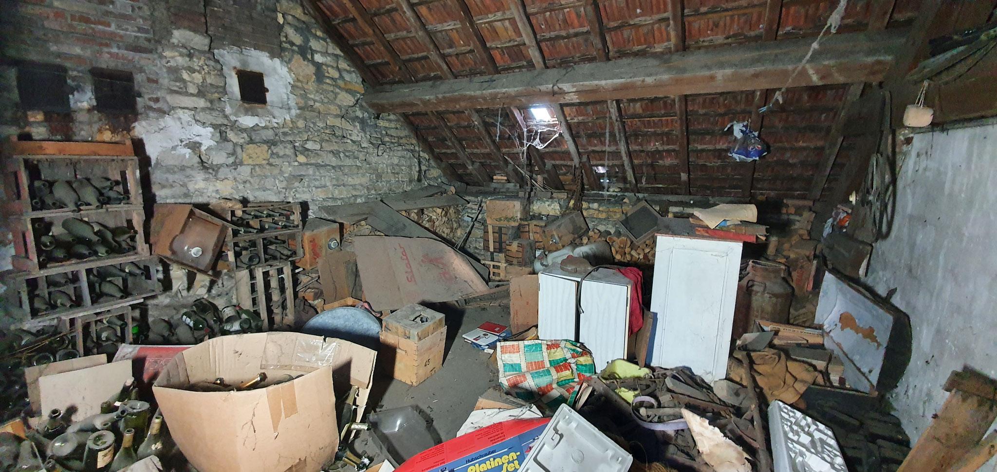 Débarras d'un grenier à Pontarlier 25300 - Doubs - débarras Ahlen clément
