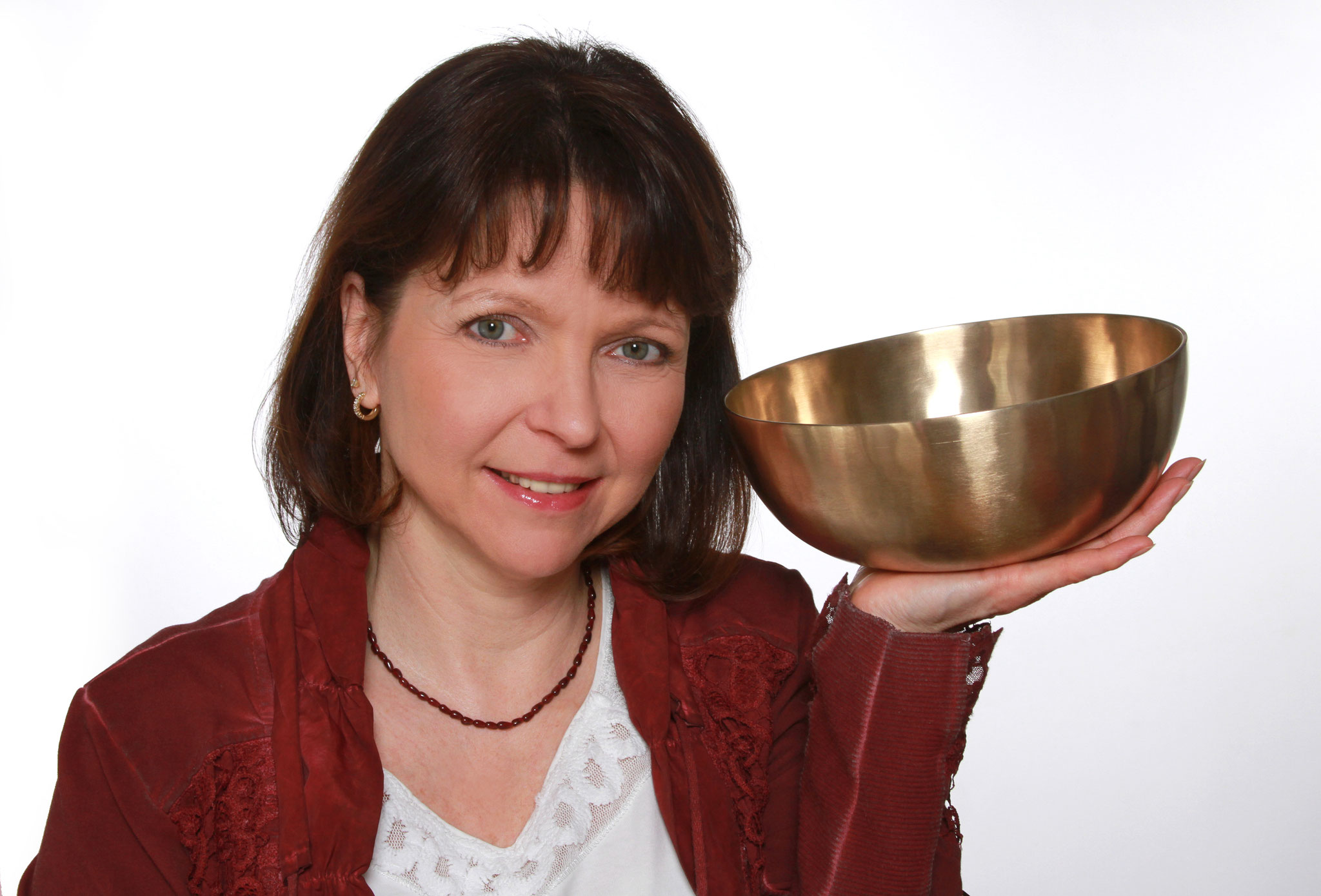 Peter Hess®-Klangmassage mit Yvonne Selina Fester