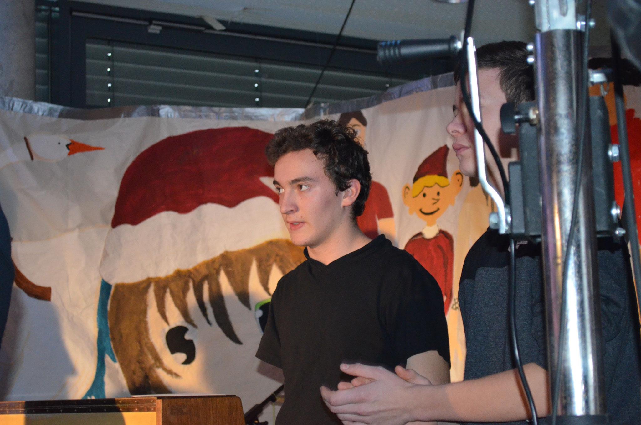 Die Ton- und Lichtmeister Pierre und Lukas bewiesen Kompetenz und Organisationstalent.