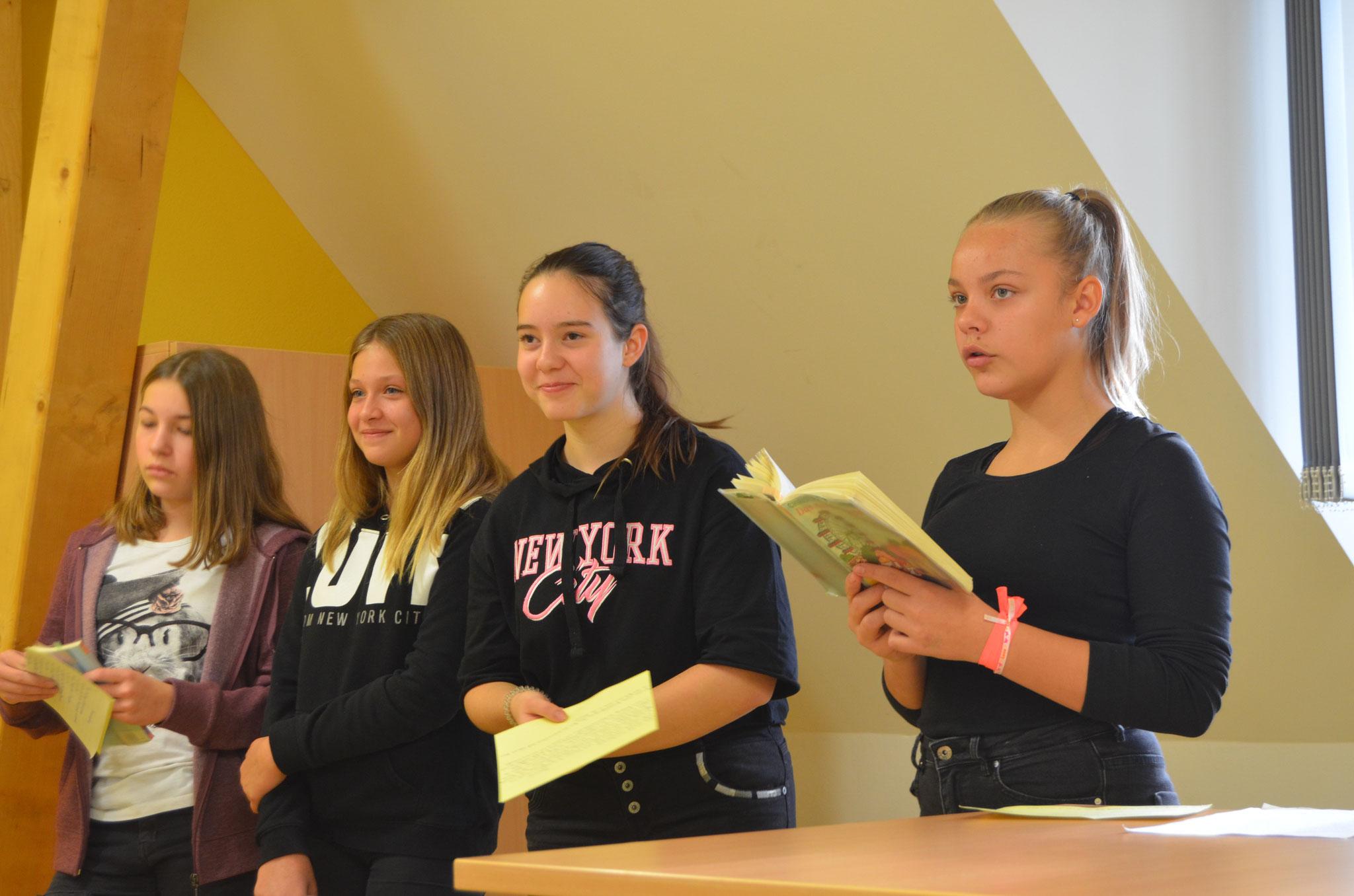 Alle Schüler bereiteten ihre Beiträge zum Tag der Offenen Tür im Vorfeld vor.