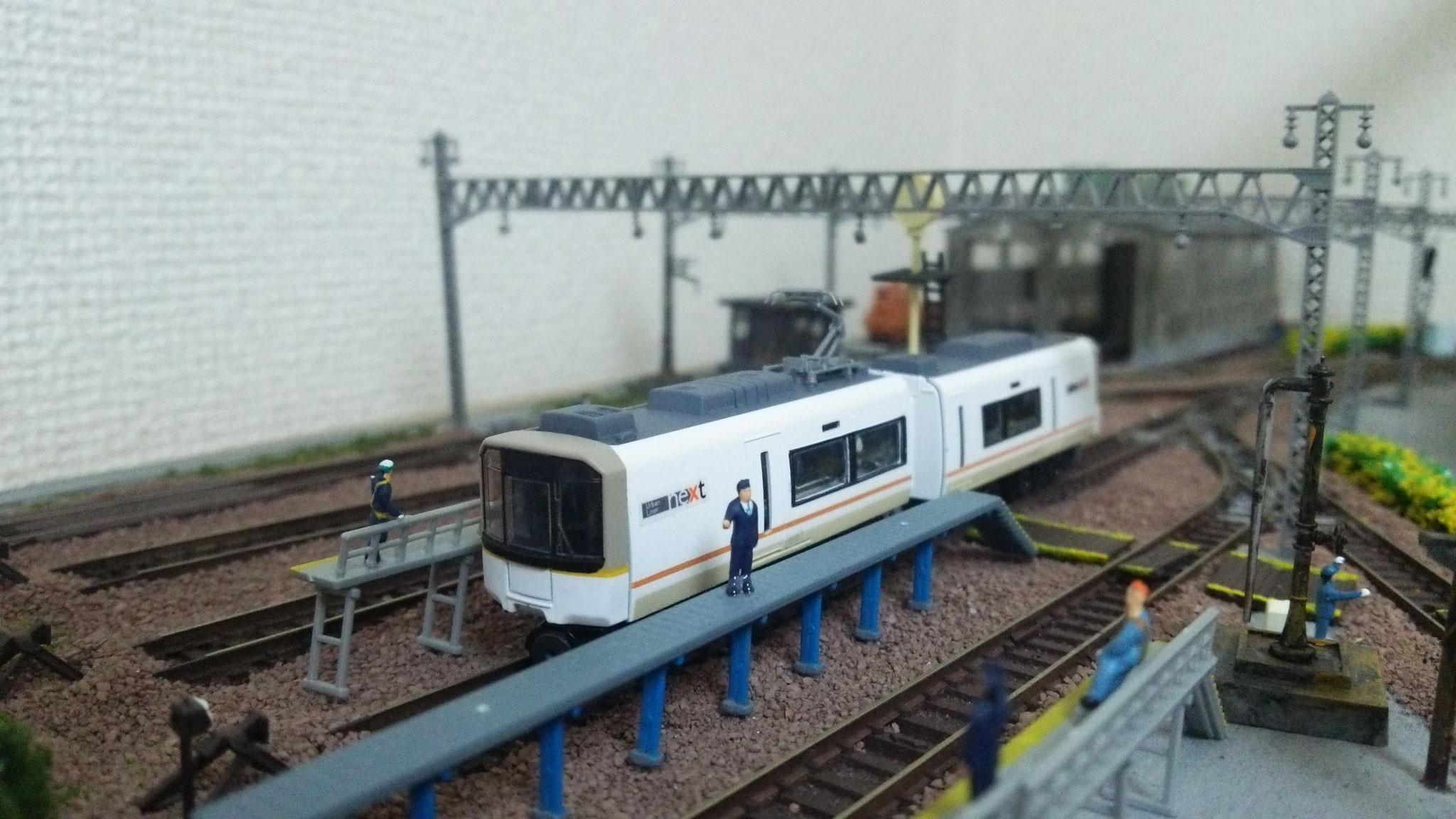 マコセミーエクスプレス(着席型準急専用電車。主要駅以外からも必ず座れる創作電車)