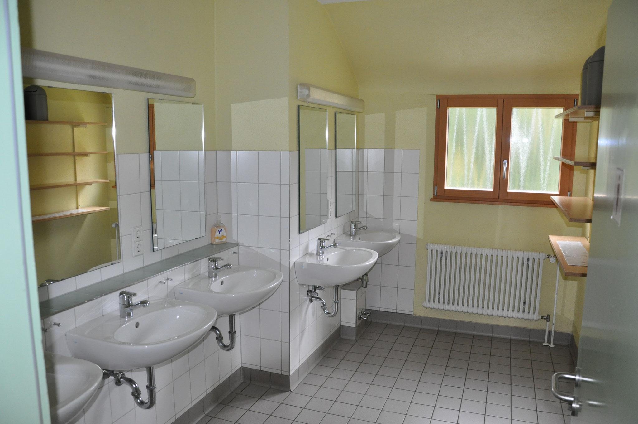 Waschraum 2.OG
