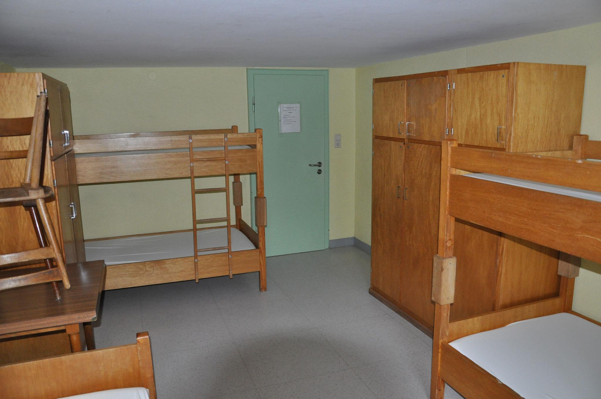 5er-Zimmer 1.OG