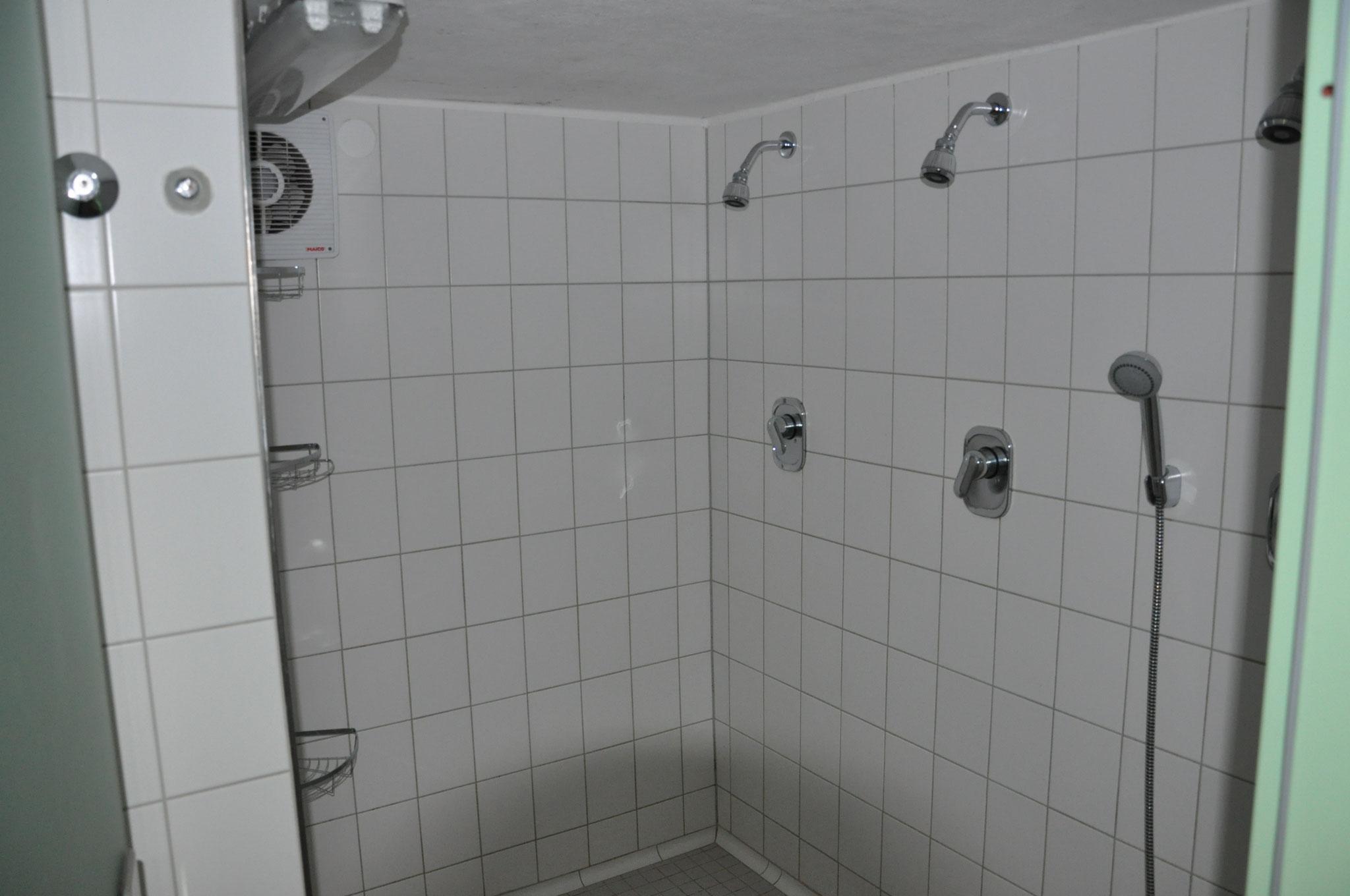 Duschraum 1.OG