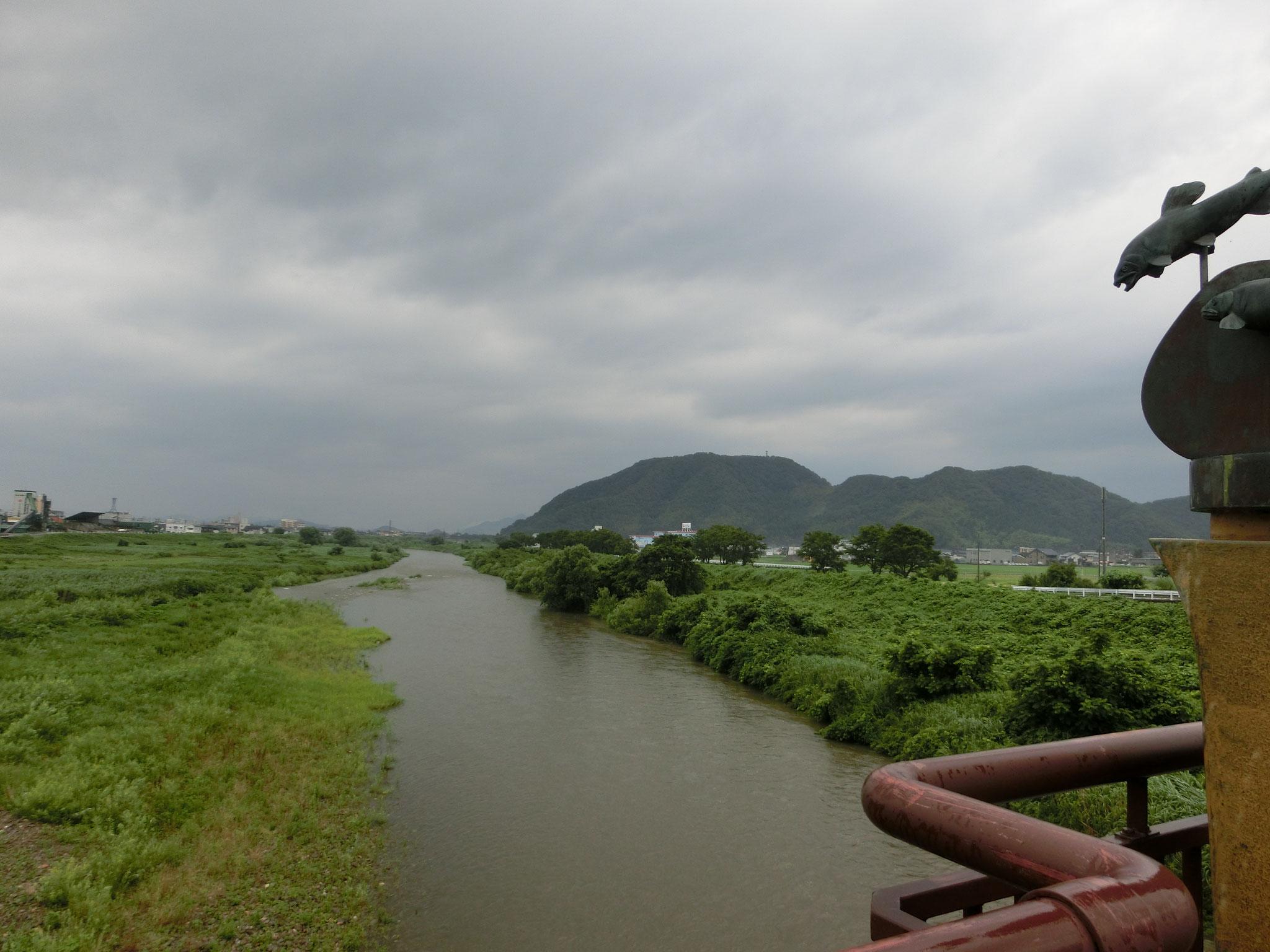 H28.6.26 7時 越前市 日野大橋下流