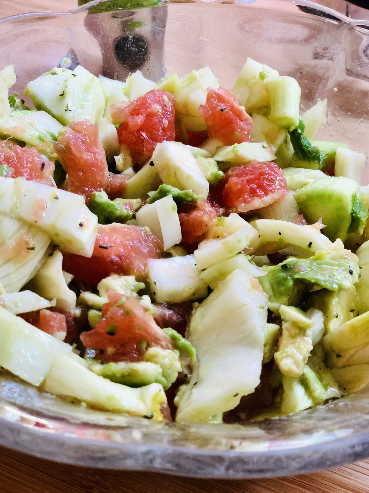Avocado-Fenchel-Grapefruitsalat mit Öl
