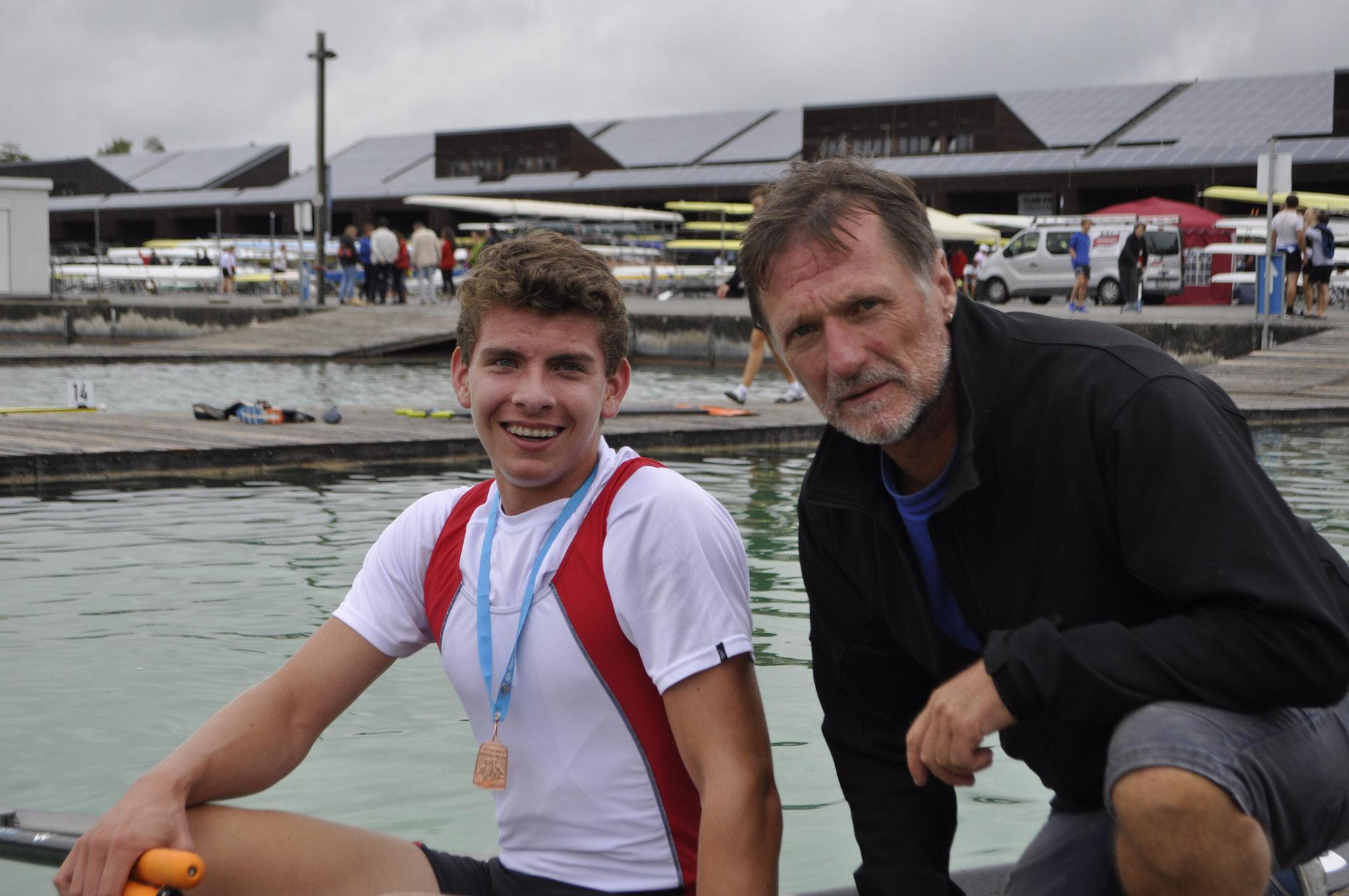 Bronze für Sebastian Huber, hier mit Trainer des DRCD Frank Darscheid