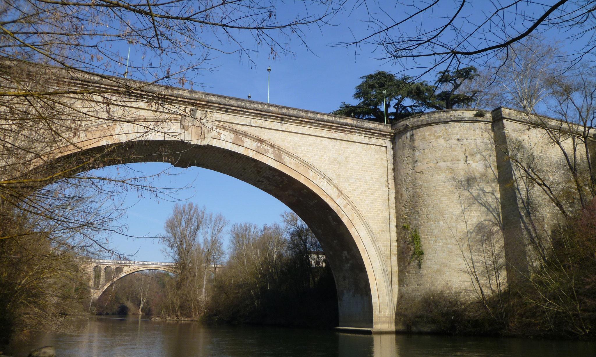 Le pont Saint-Roch sur l'Agout