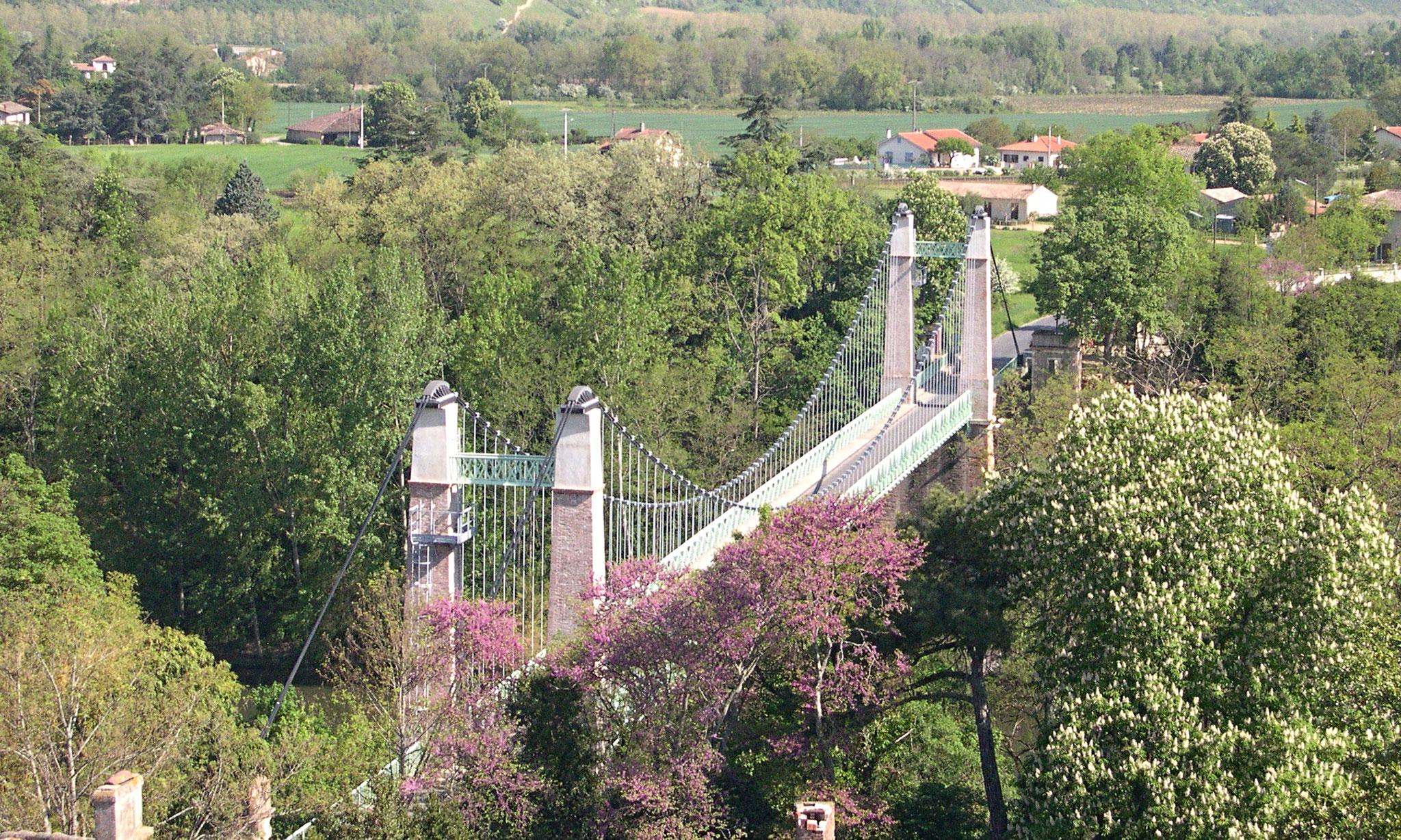 Le pont suspendu sur l'Agout