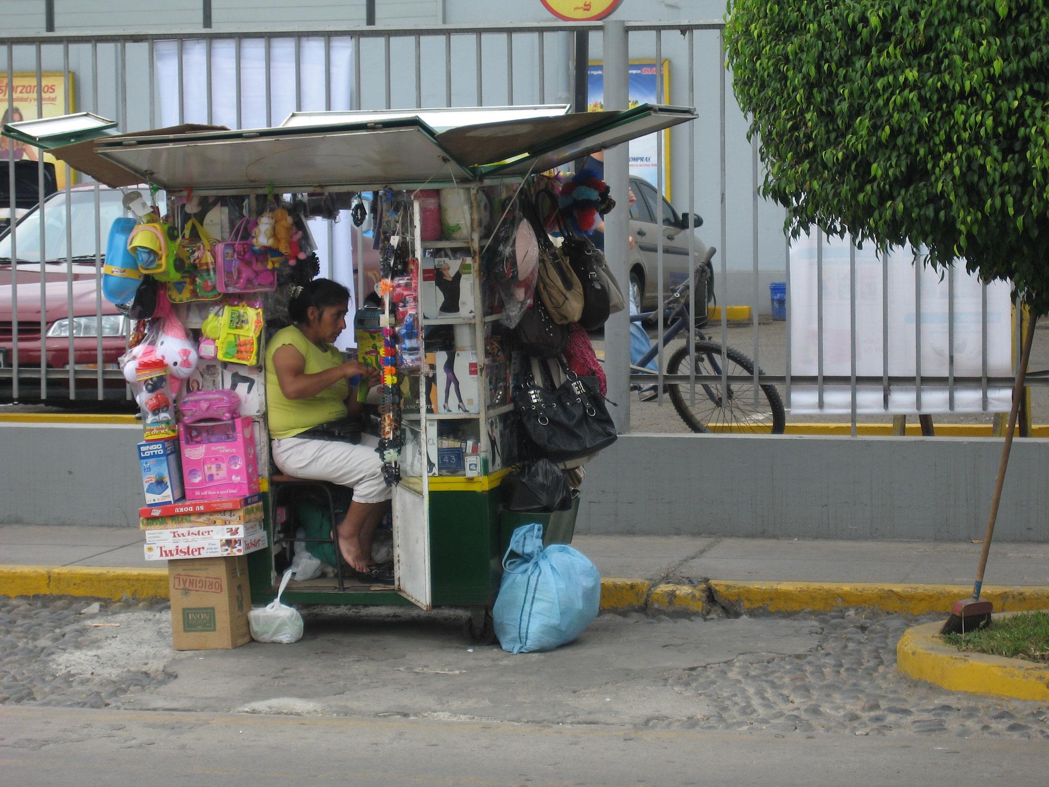 Vendeuse de rue au Pérou