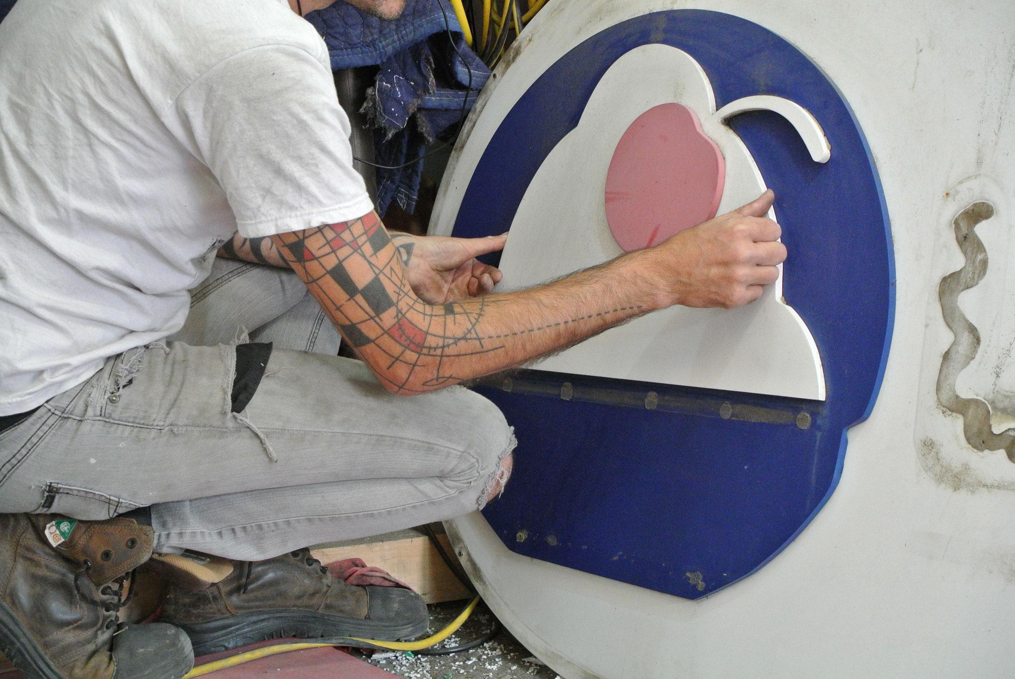 déconstruction du logo de la Crémière