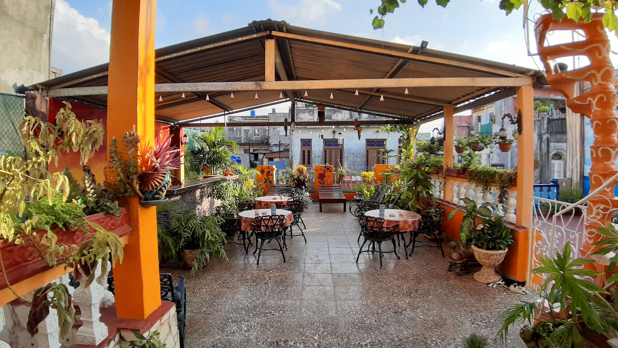 Terrace of Casa Sol y Salsa with view to street