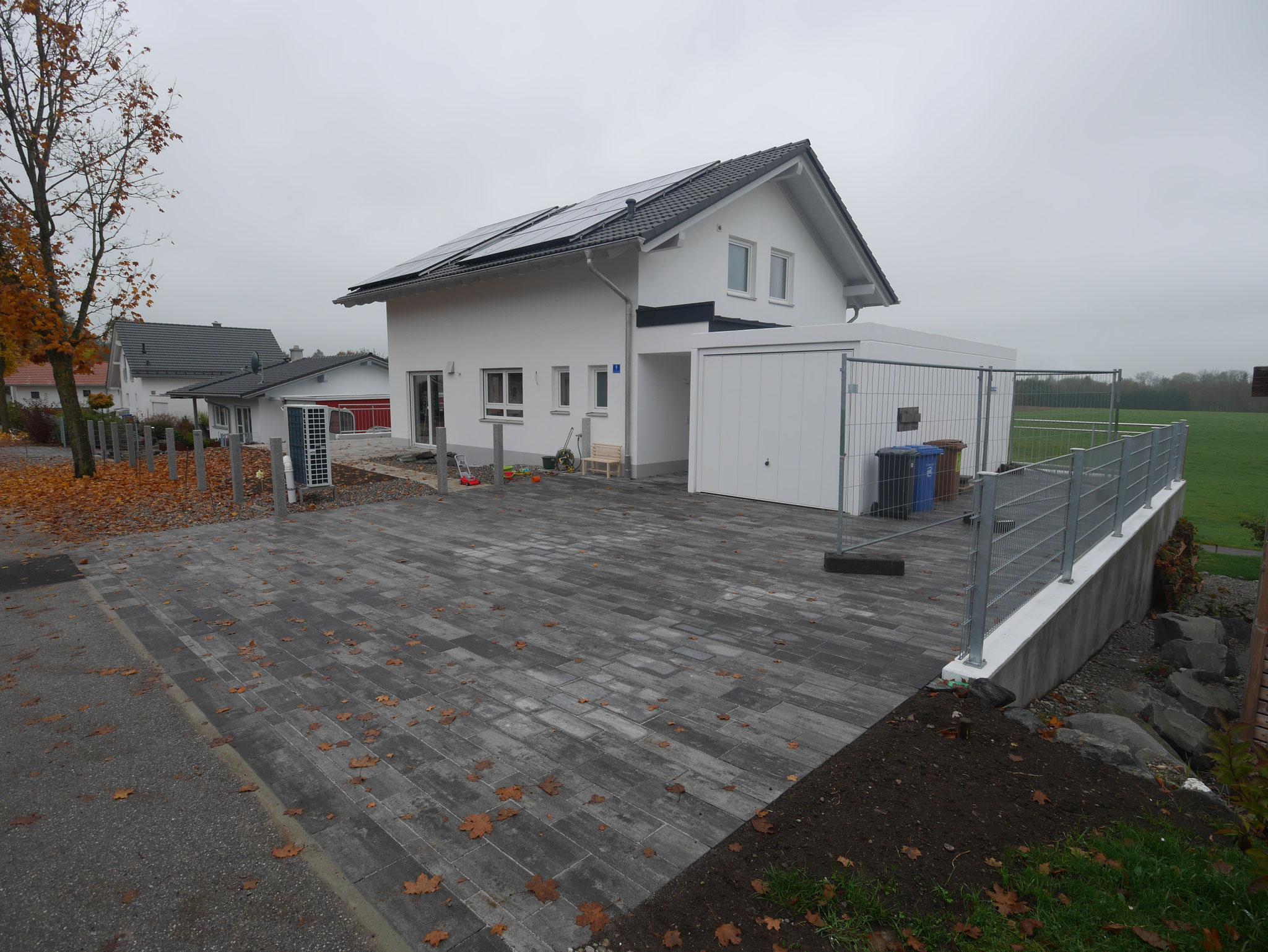 BV: Lauben Schlüsselfertiges EFH mit Garage und Stützwände inkl. Bodenaustausch
