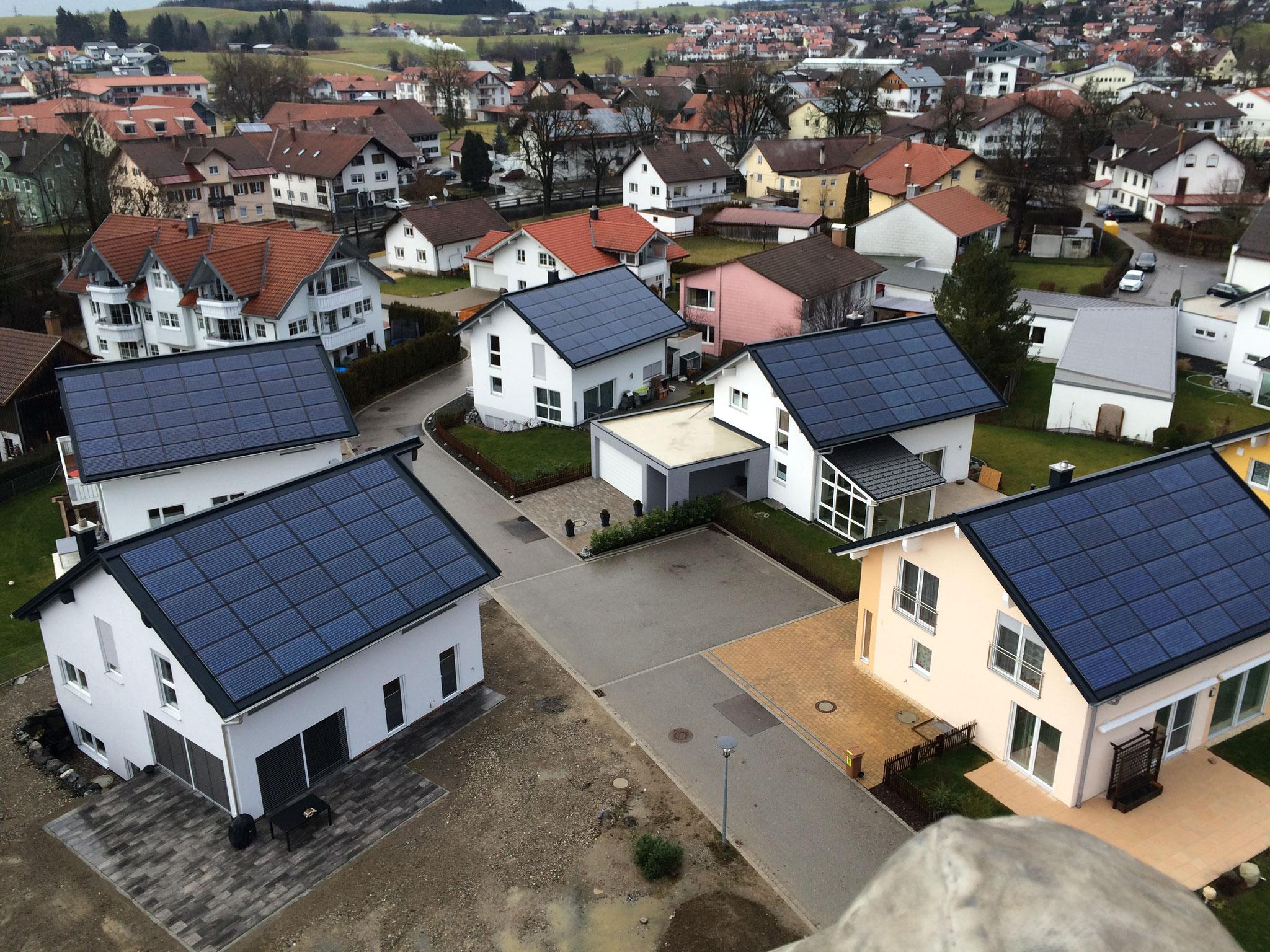 BV: Baugebiet Durach alle Häuser mit Indach-Photovoltaik