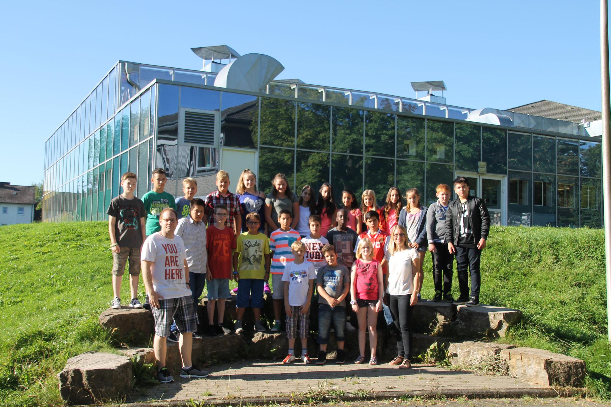 Klasse 6c: Klassenlehrer Frau Klein und Herr Clever