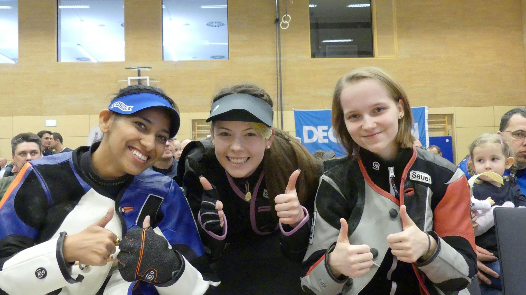 Drei junge Frauen mit Weltklasseniveau v.l.n.r: Ayonika Paul (SV Petersaurach), Lana Wurster, Larissa Weindorf (beide SSV Kronau)