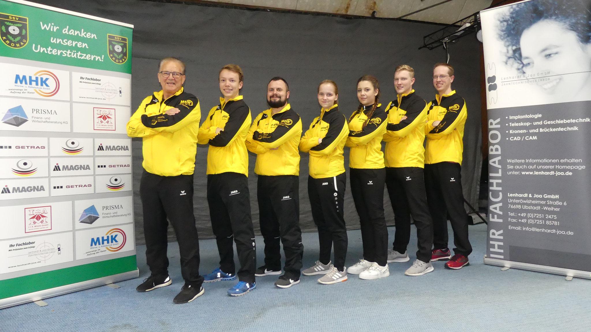Der SSV Kronau I mit Trainer Kurt Hillenbrand