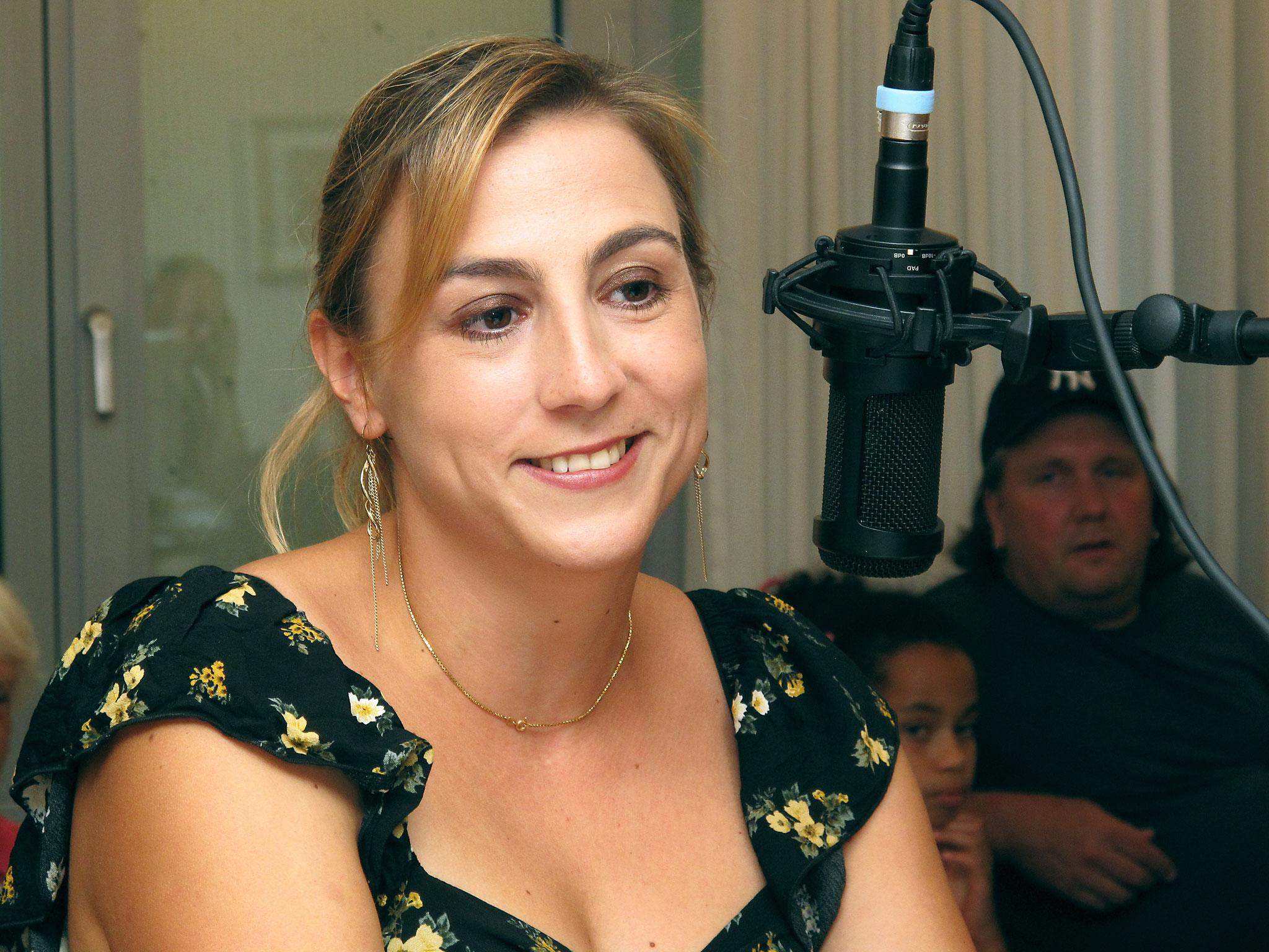 Carlyn, Sängerin aus dem Seeland