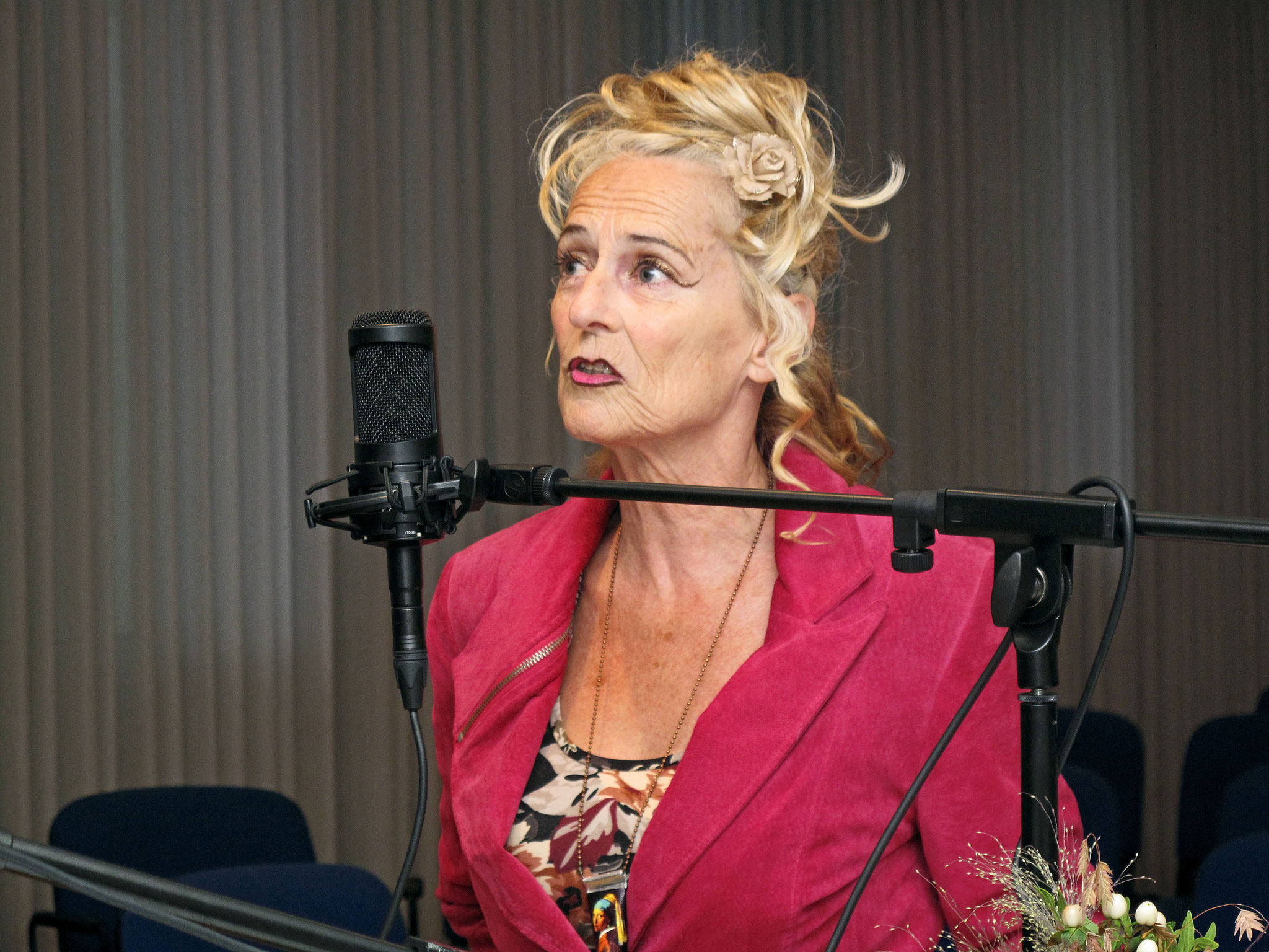 Christine Lauterburg, Sängerin