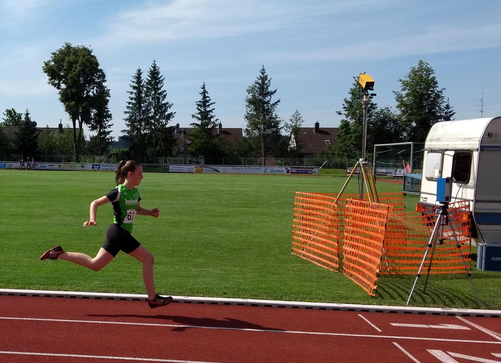 Madeleine beim 800m-Finish