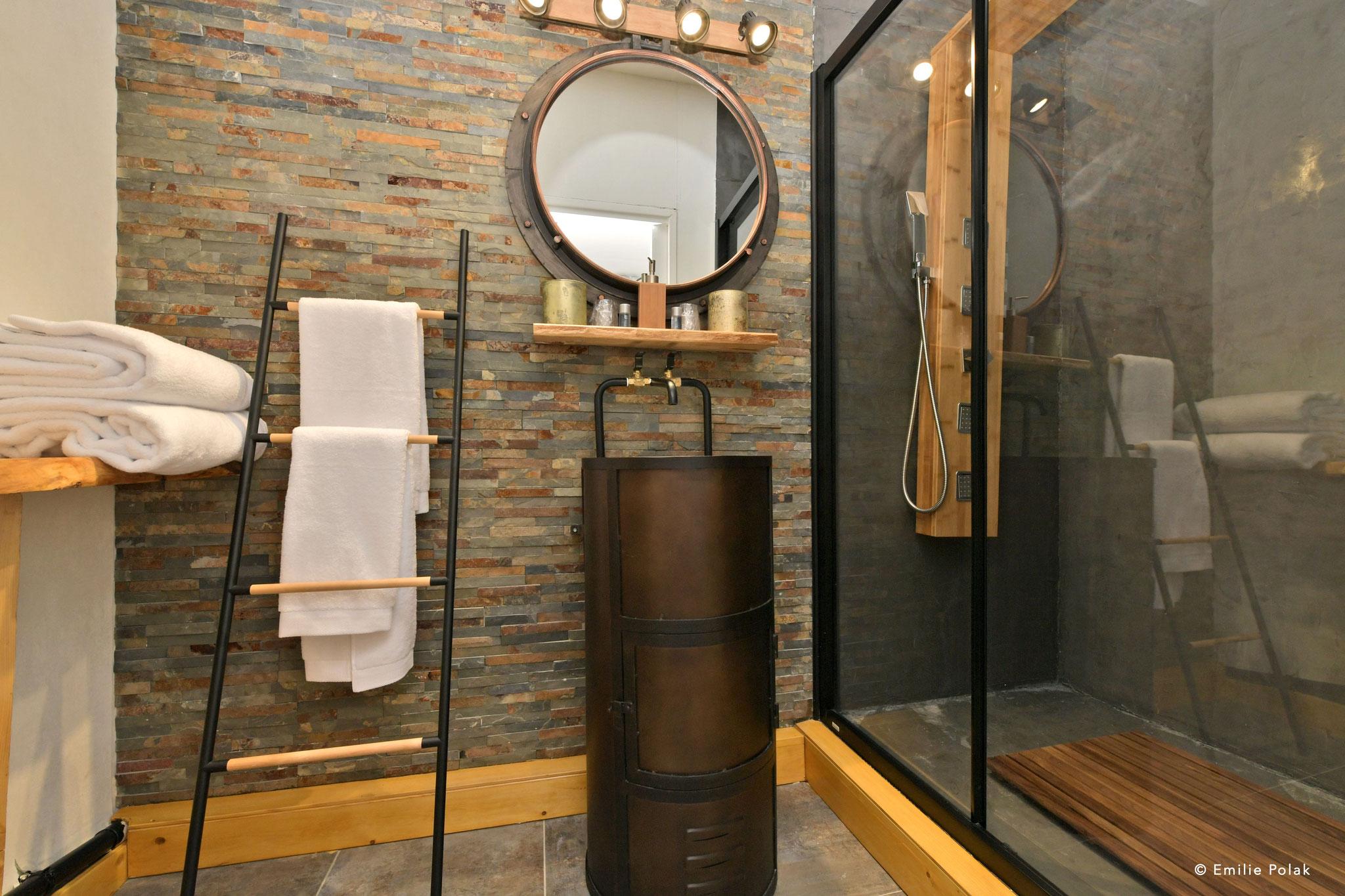 Salle de bain - Gîte Motobécane - Saint Quentin
