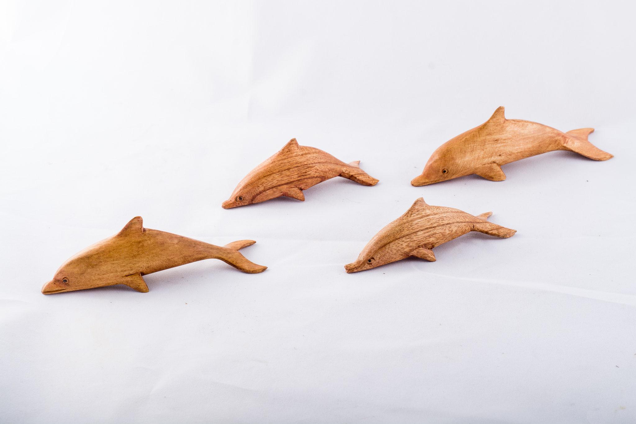 Delfine in verschiedenen Größen