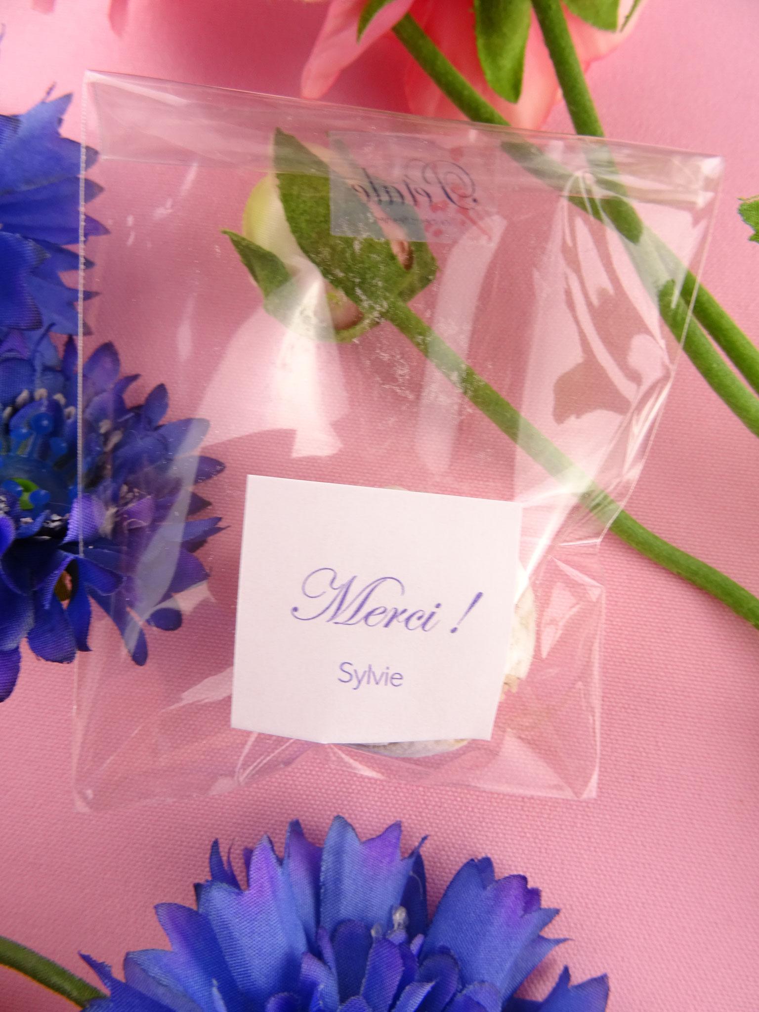 Cadeau Rigolo Baby Shower baby shower - cadeau invité original - 1 perle de fleurs