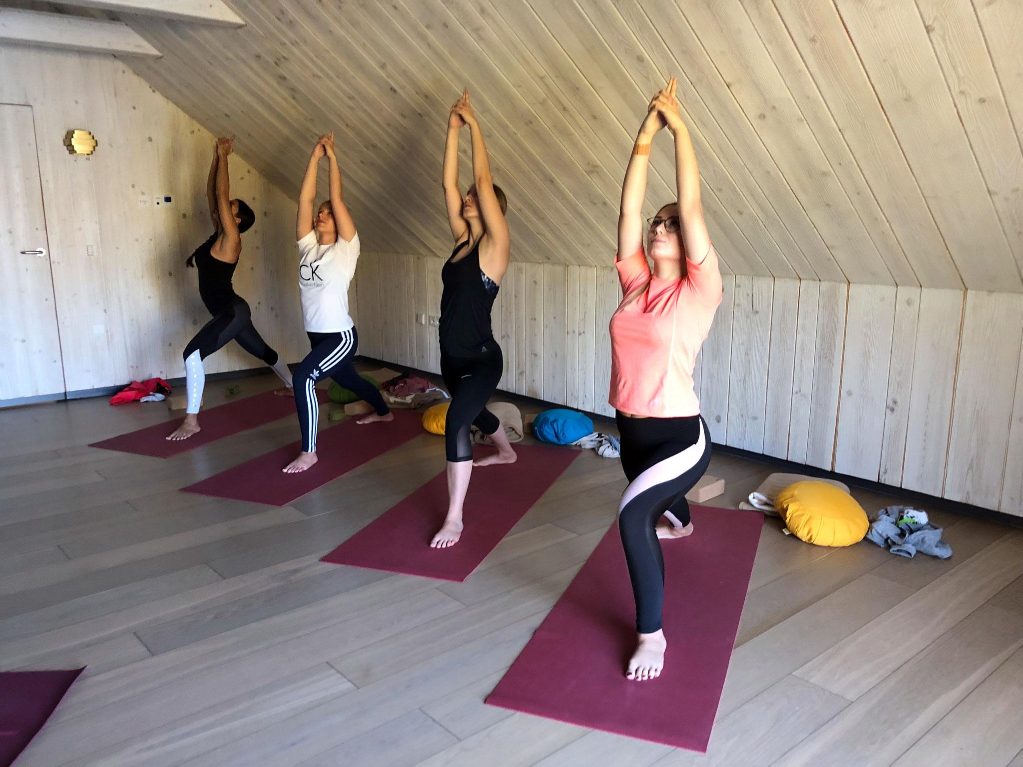 Yoga am Morgen ... vertreibt Kummer und Sorgen