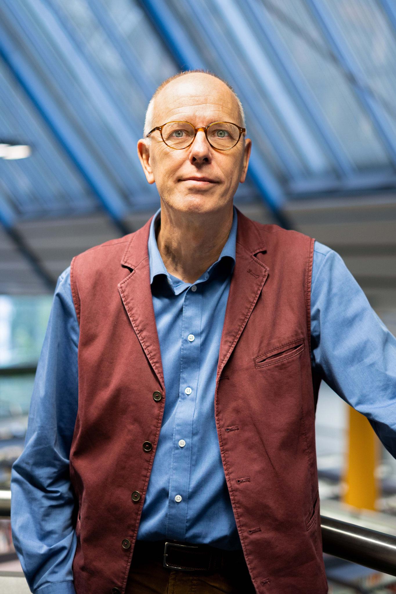 Prof. Dr. Lutz Raphael