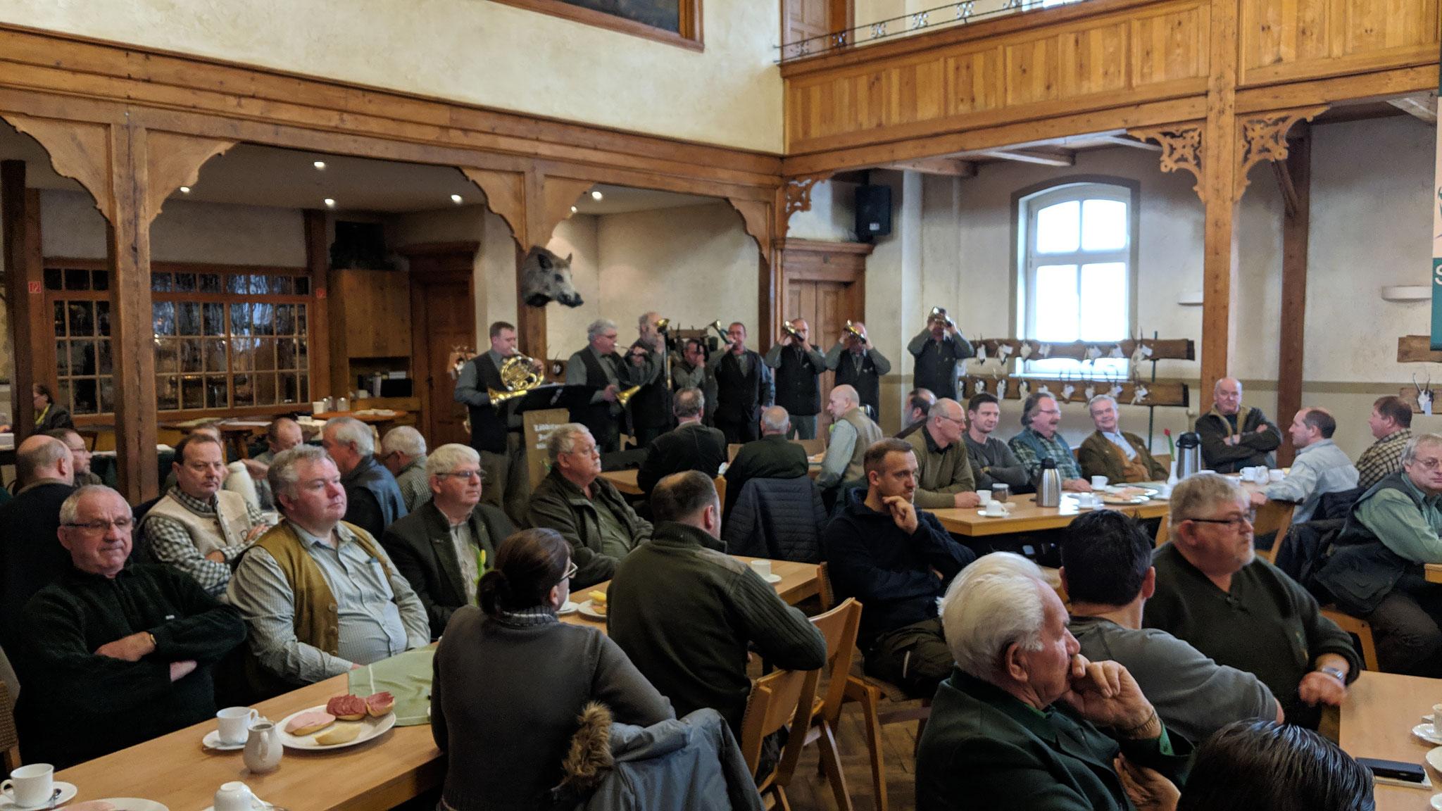Jahreshauptversammlung der Jägerschaft- Danke an mehr als 100 Mitglieder für die Anwesenheit.